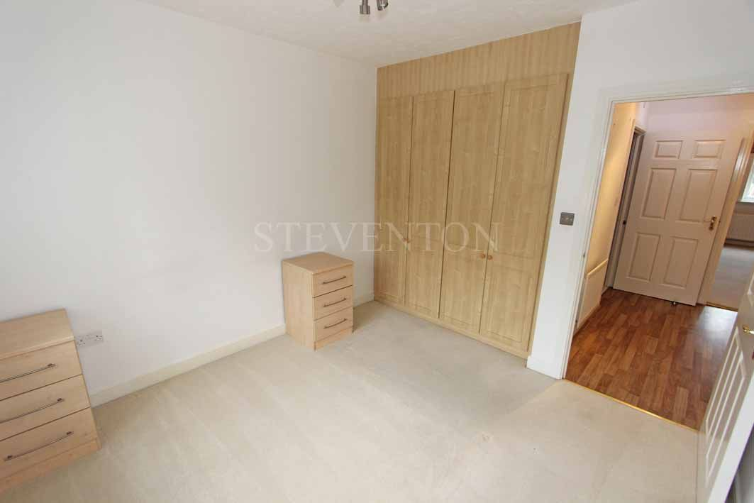 1 Bedroom Apartment Flat/apartment For Sale - Photograph 10