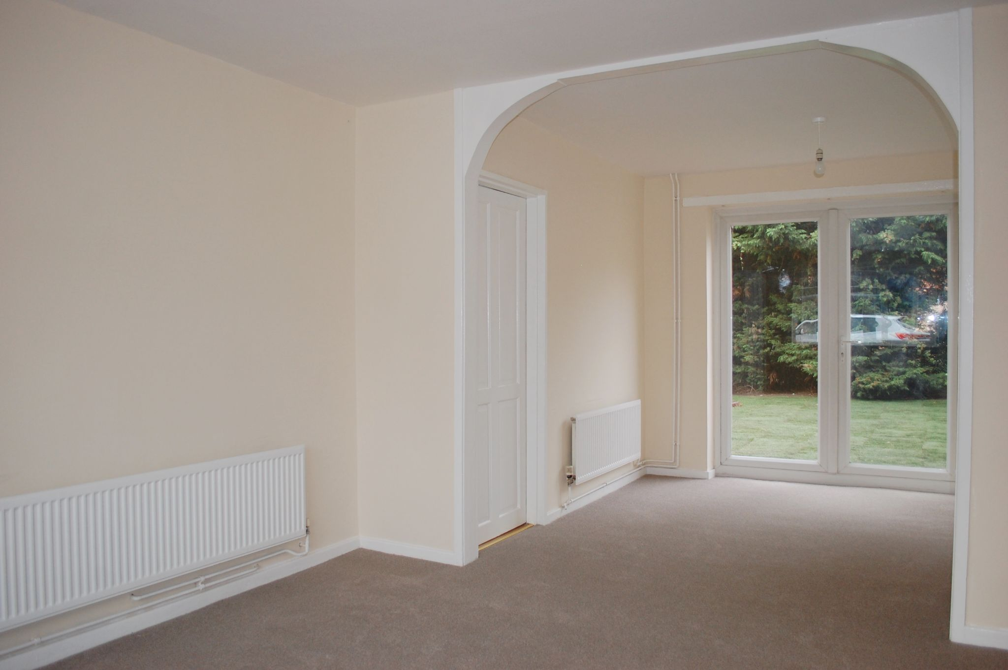 3 bedroom mid terraced house For Sale Alcester - Property photograph