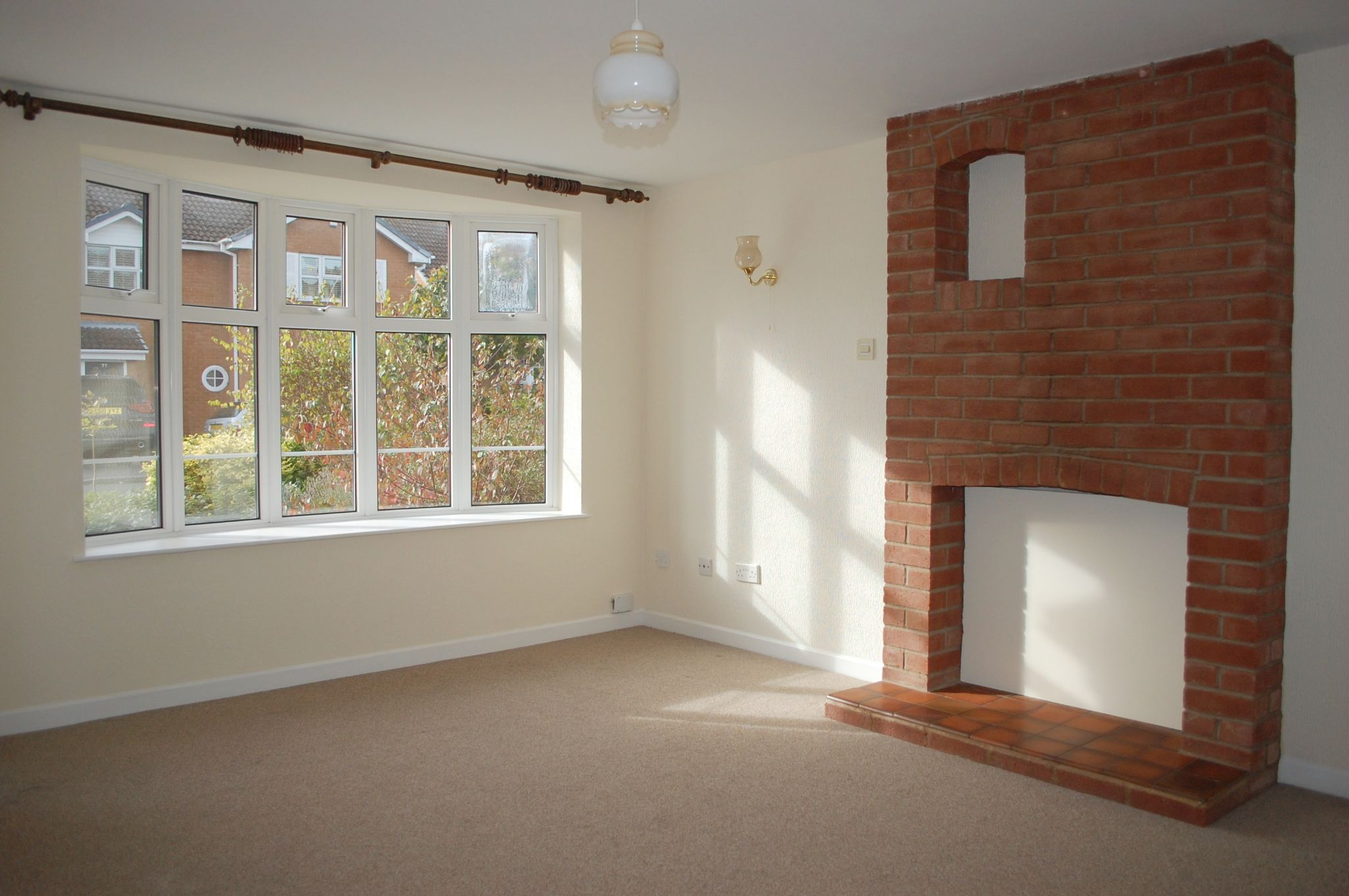 3 bedroom detached house For Sale Stratford-upon-avon - Property photograph
