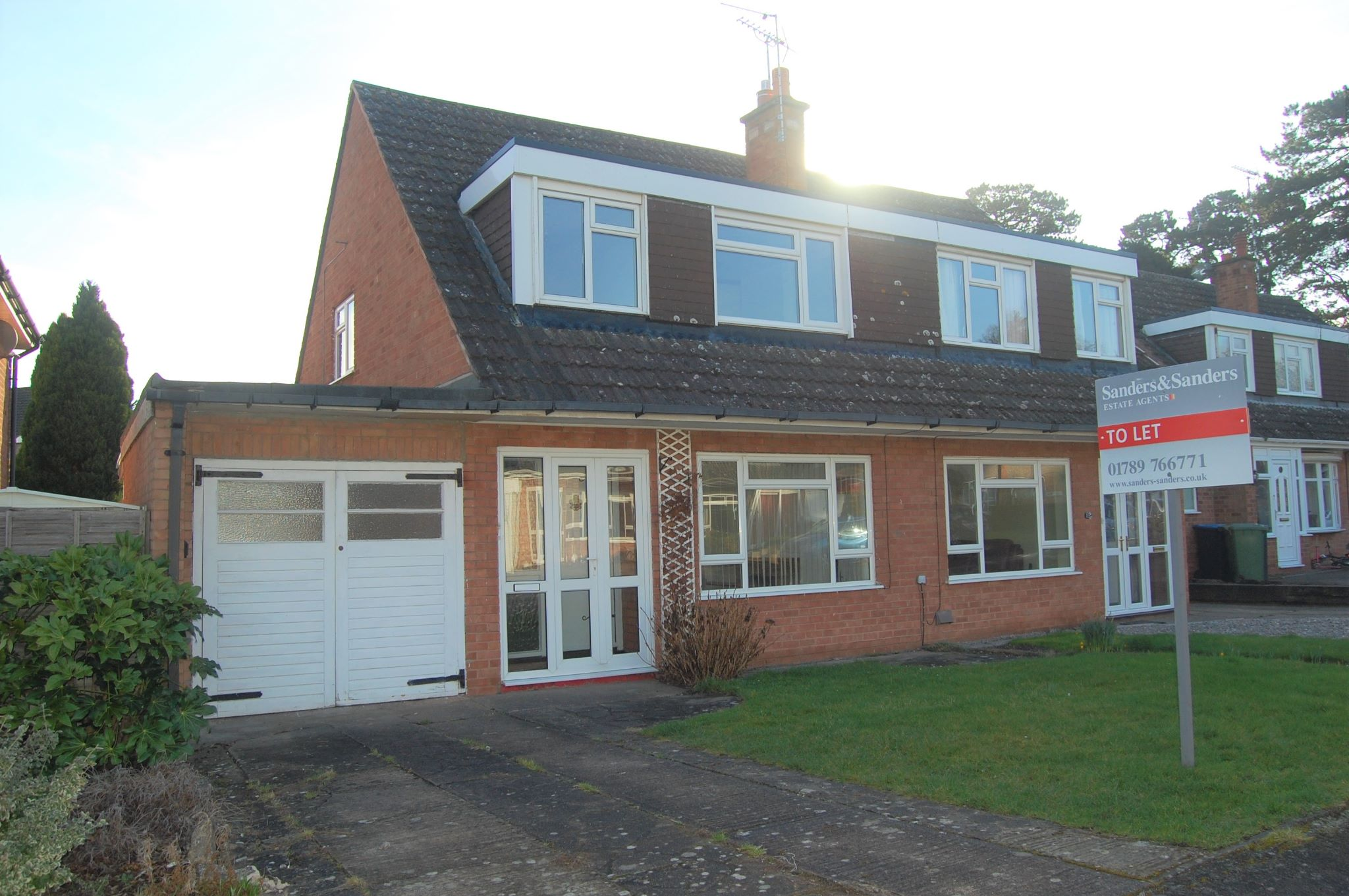 3 bedroom semi-detached house To Let Alcester - Property photograph