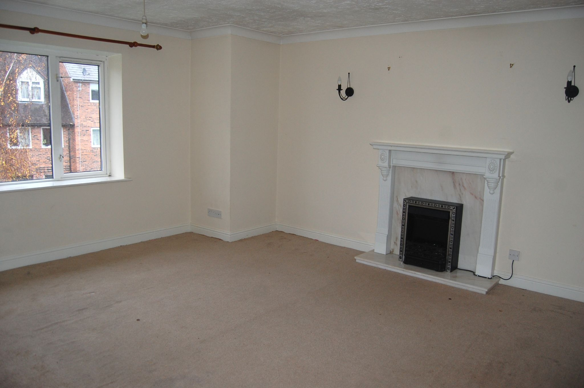 2 bedroom apartment flat/apartment To Let Alcester - Property photograph