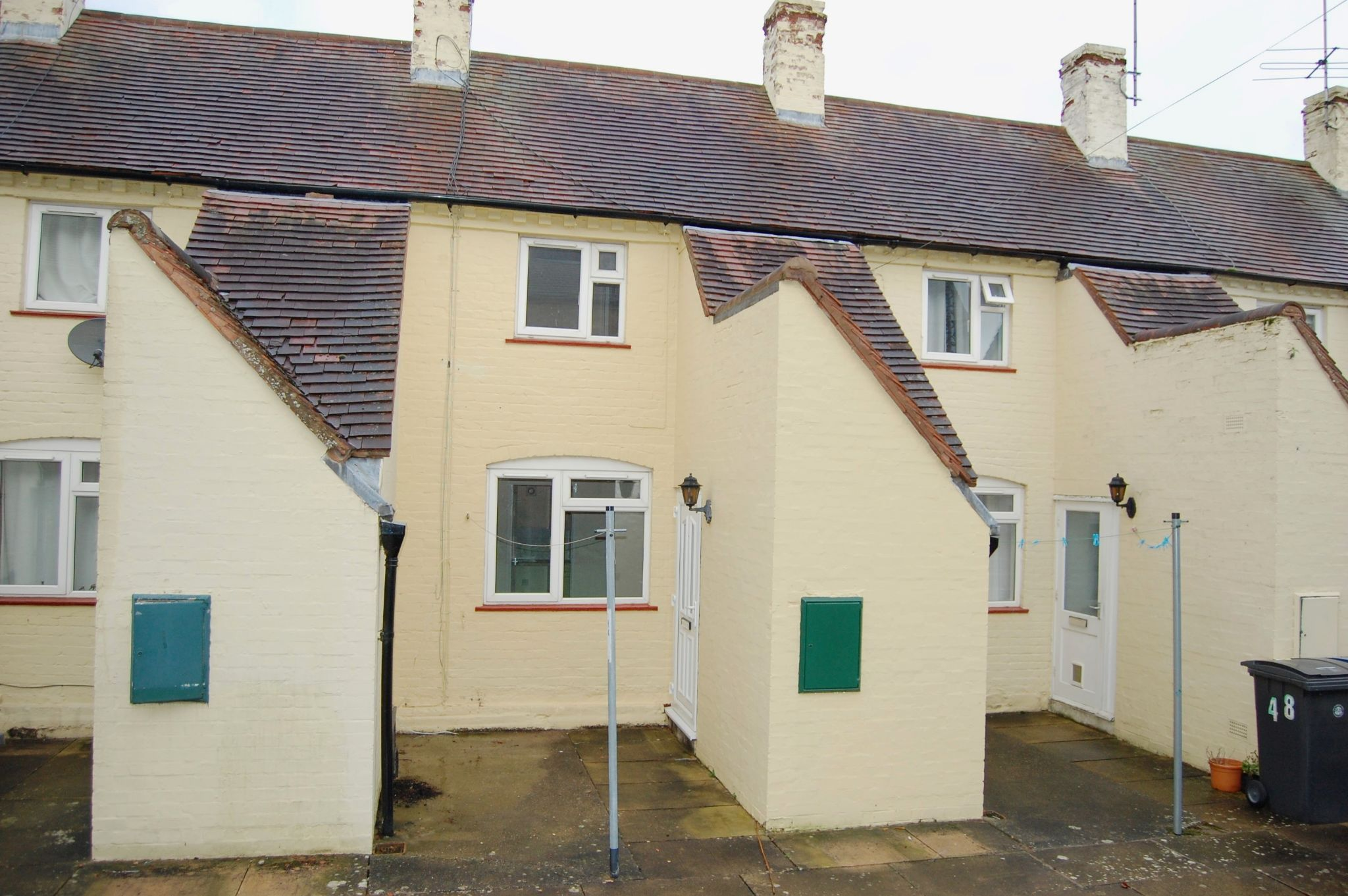 1 bedroom mid terraced house To Let in Alcester - Property photograph