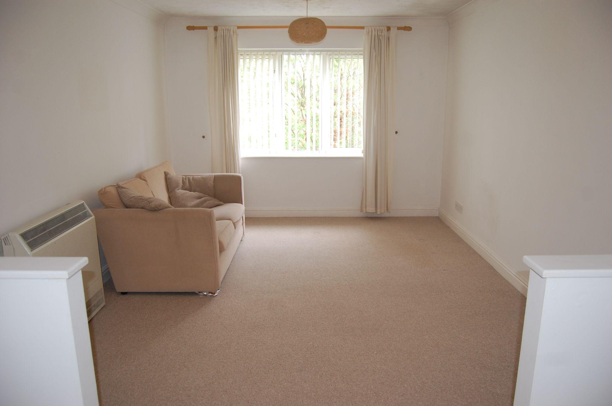 1 bedroom maisonette flat/apartment For Sale Alcester - Property photograph