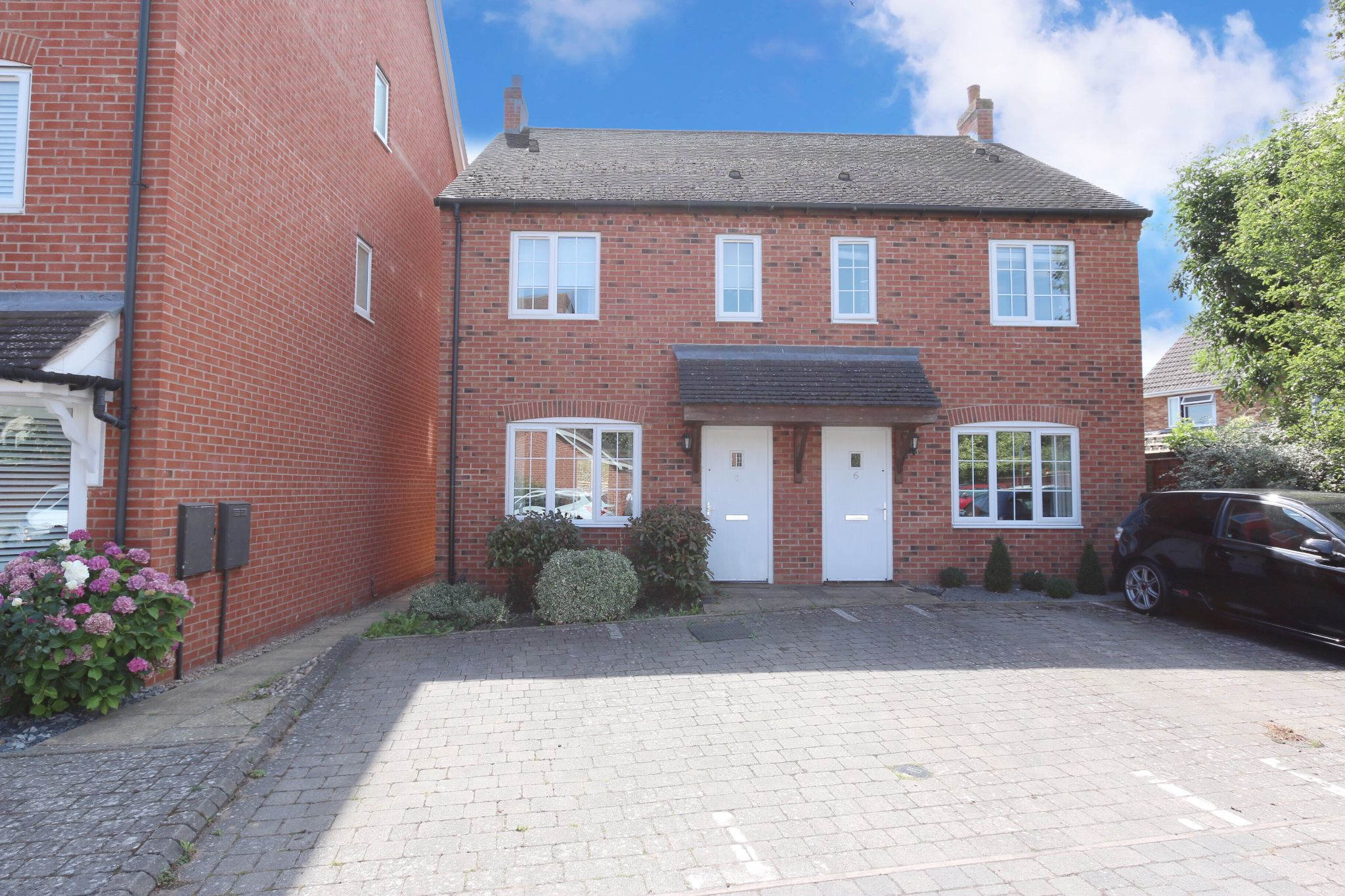 3 bedroom semi-detached house For Sale Alcester - Property photograph