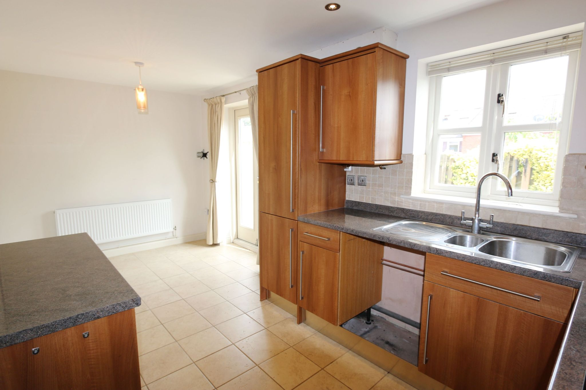 2 bedroom mid terraced house For Sale in Bidford-on-avon, Alcester - Property photograph