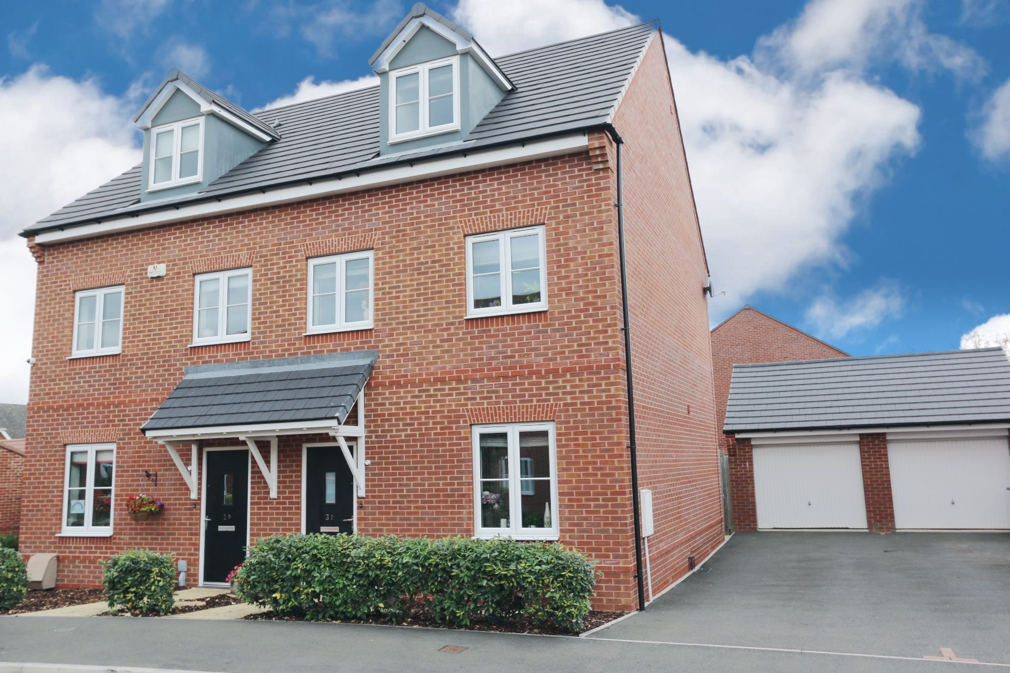 3 bedroom semi-detached house For Sale in Bidford-on-avon, Alcester - Property photograph
