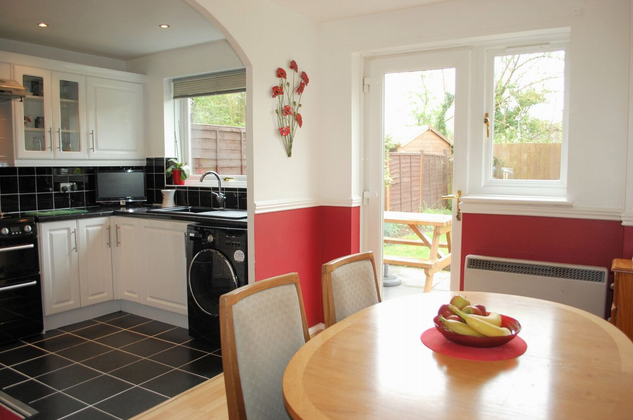 3 Bedroom End Terraced House For Sale Image 2