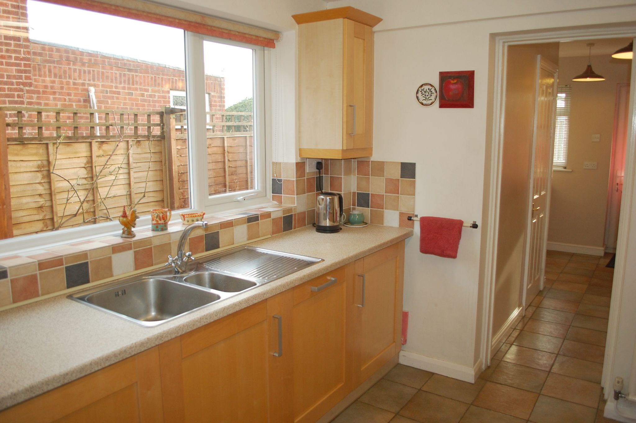 3 bedroom detached house SSTC Alcester - Photograph 10