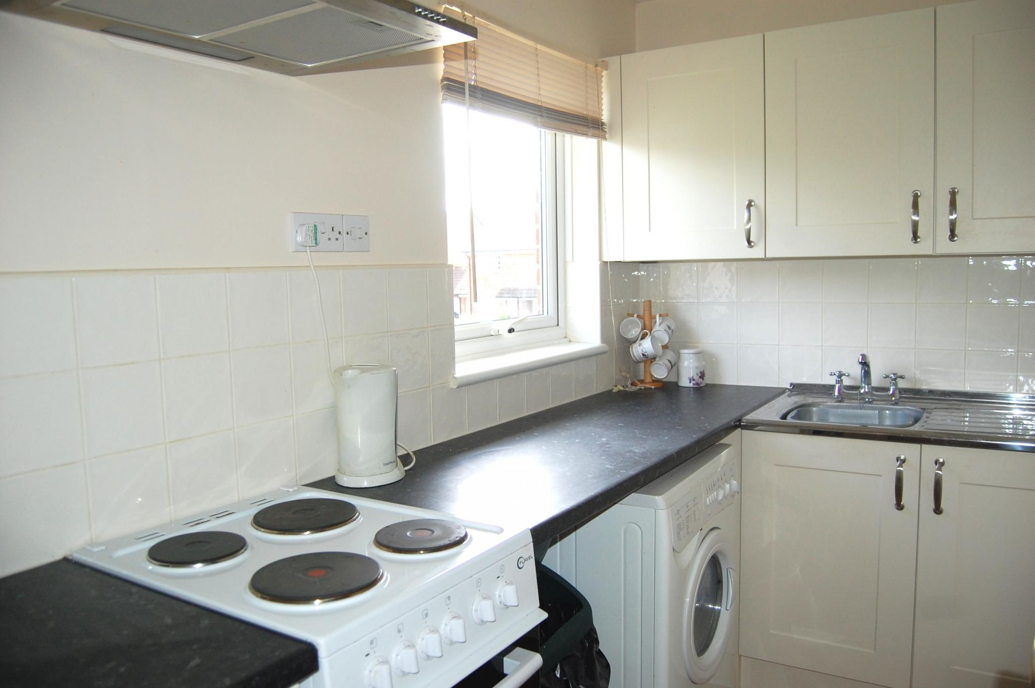 studio flat/apartment To Let Alcester - Property photograph