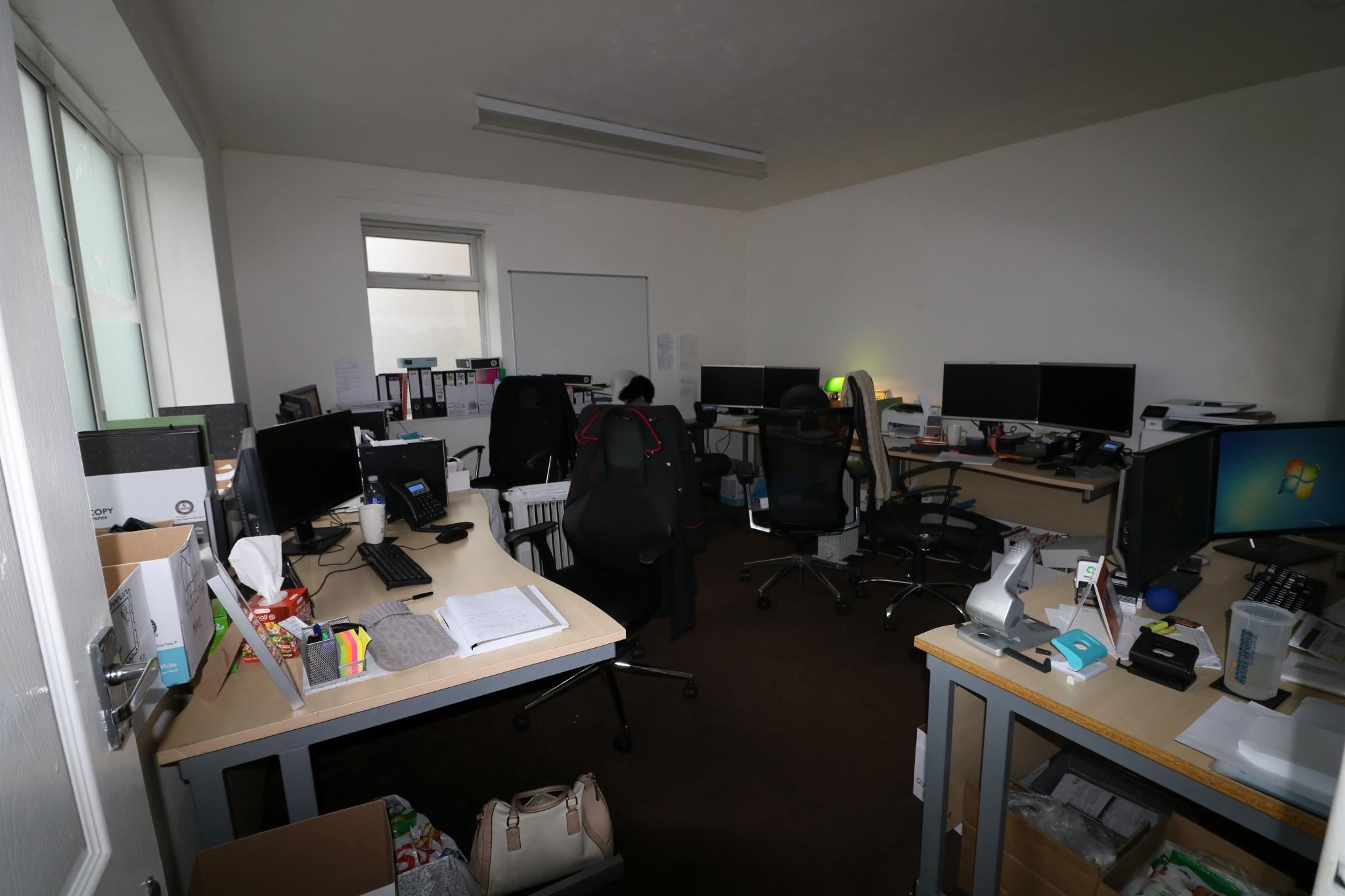 Office For Sale - Photograph 3