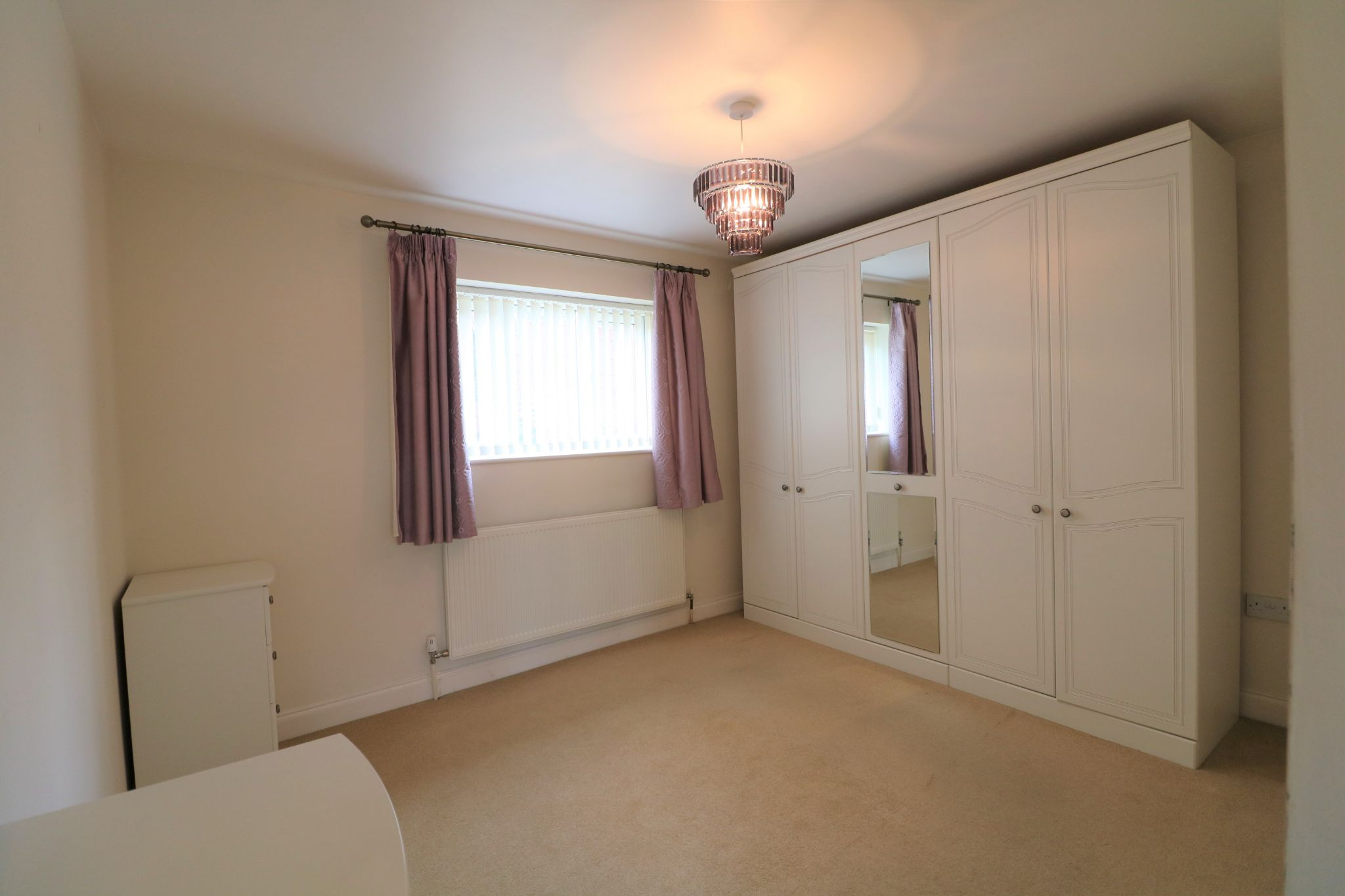 3 Bedroom Detached Bungalow For Sale - Photograph 12