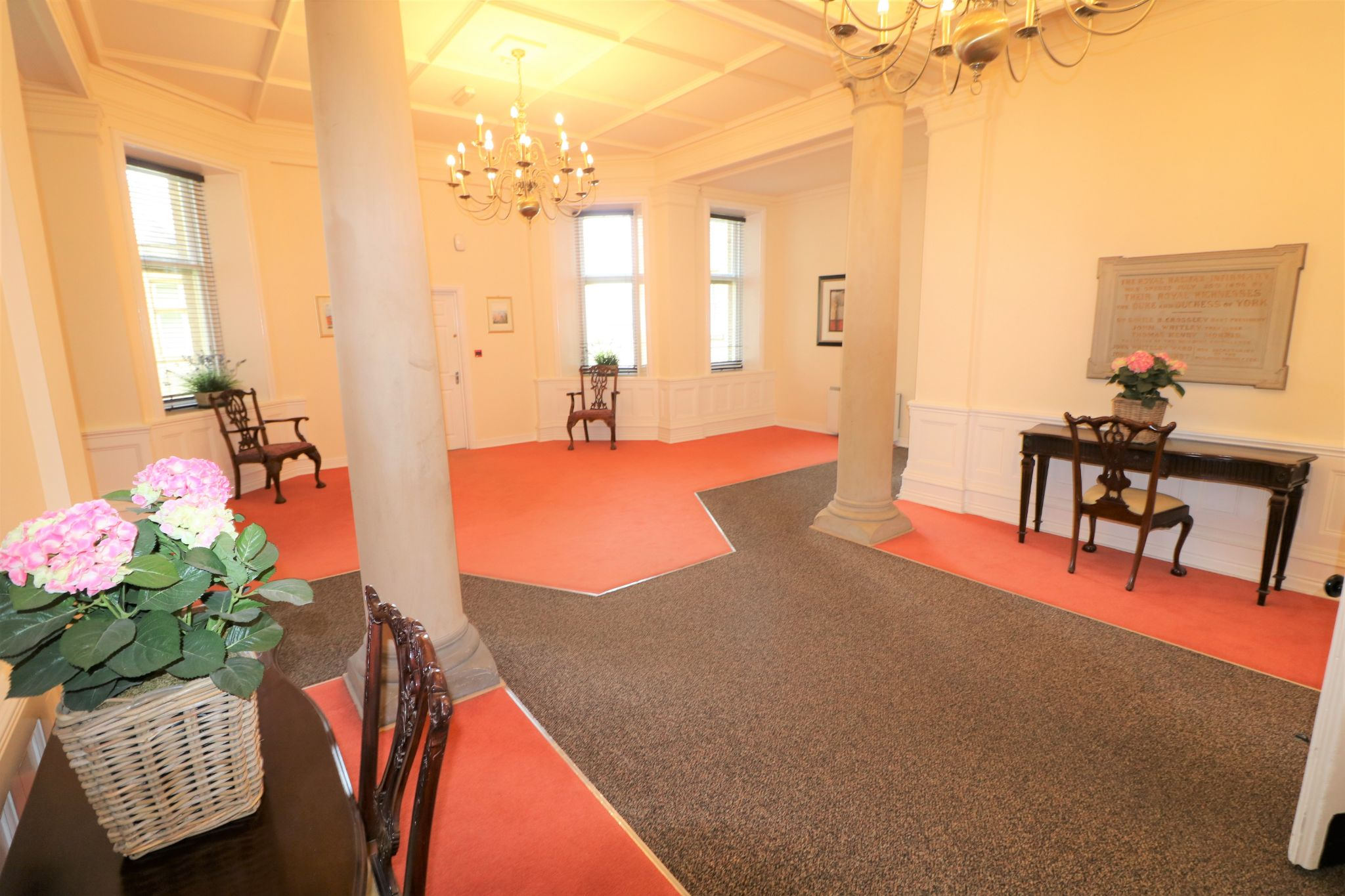 2 Bedroom Apartment Flat/apartment To Rent - Photograph 12