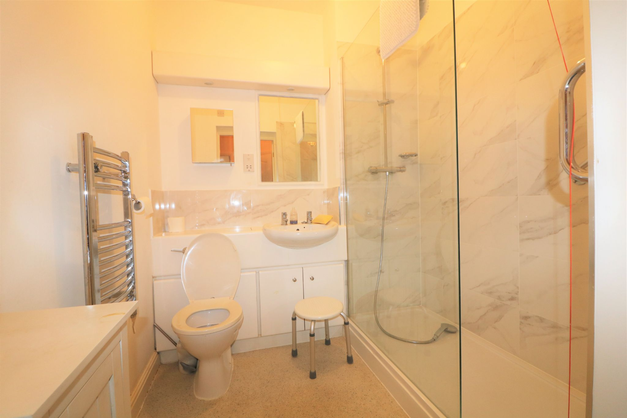 1 Bedroom Penthouse Flat/apartment For Sale - Photograph 11