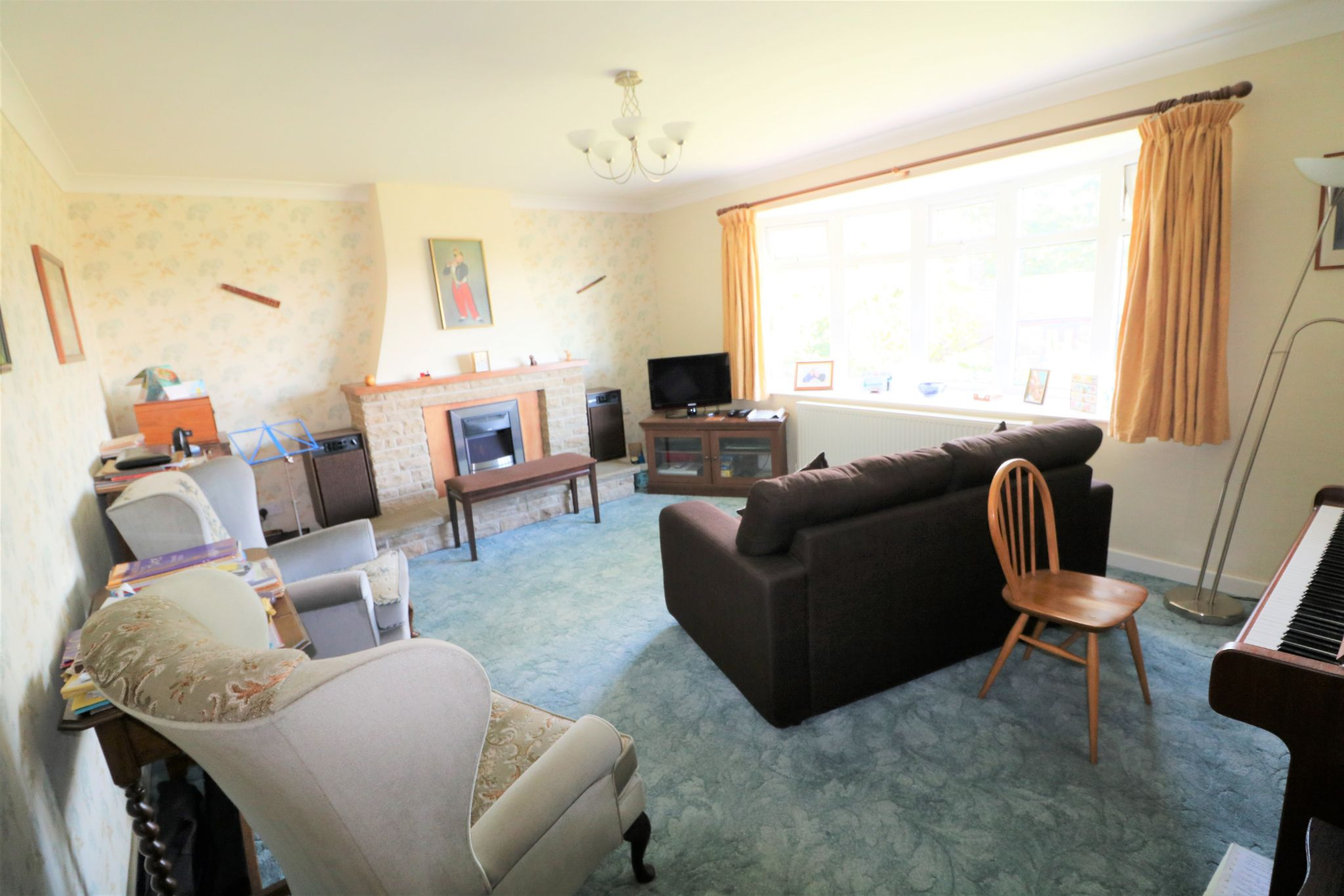 3 Bedroom Detached Bungalow For Sale - Photograph 15