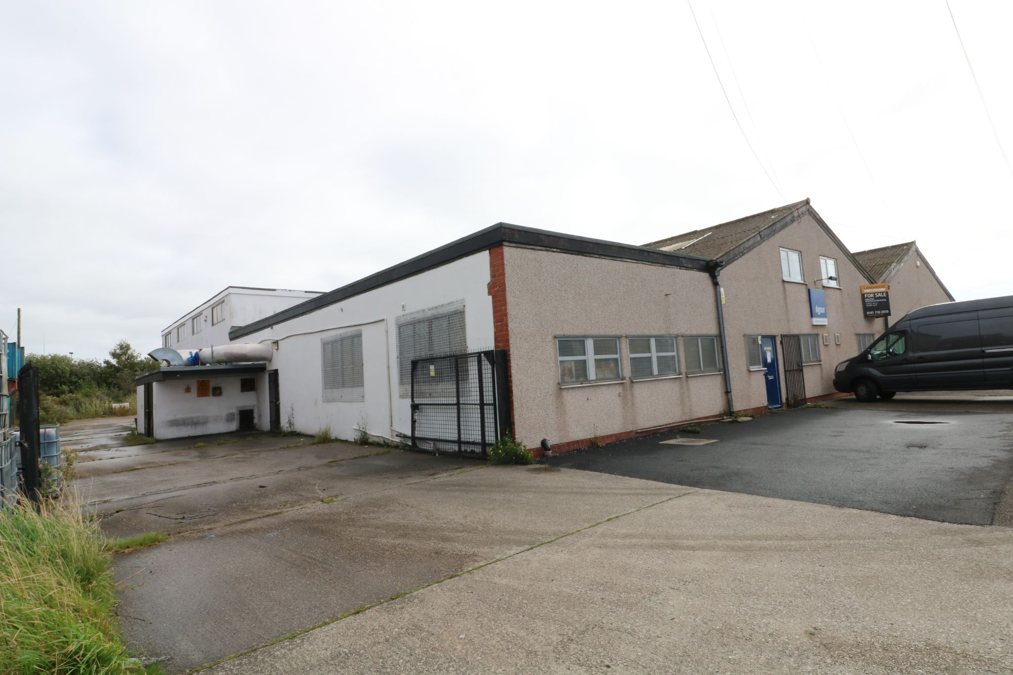 Business Park To Rent - Photograph 6