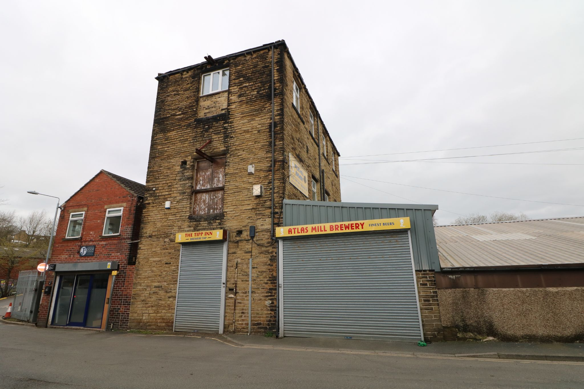 Commercial Property For Sale - Photograph 2
