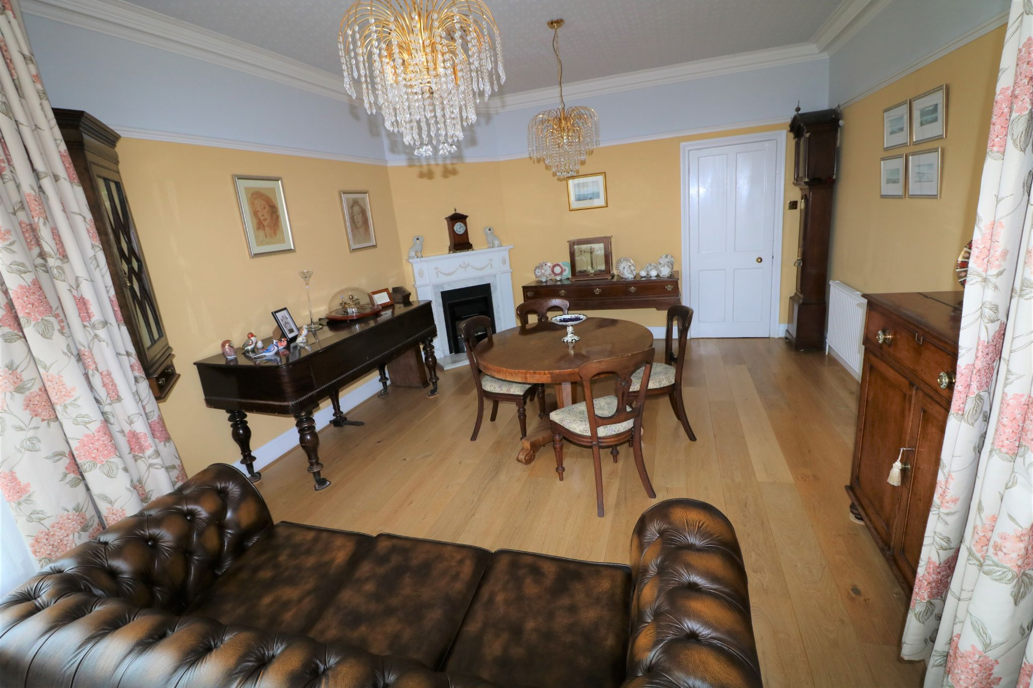 6 Bedroom Semi-detached House For Sale - Photograph 5