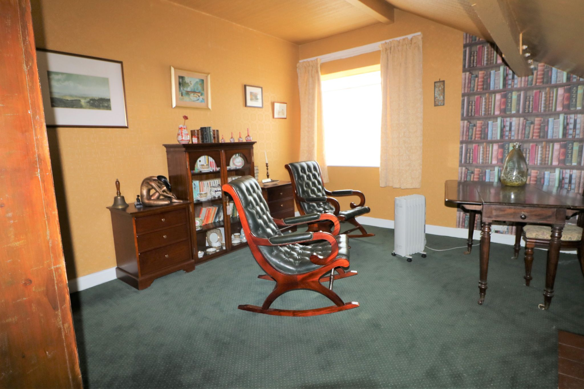 6 Bedroom Semi-detached House For Sale - Photograph 28