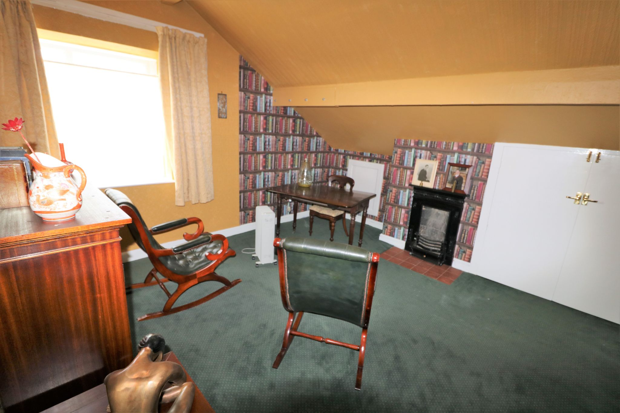 6 Bedroom Semi-detached House For Sale - Photograph 29