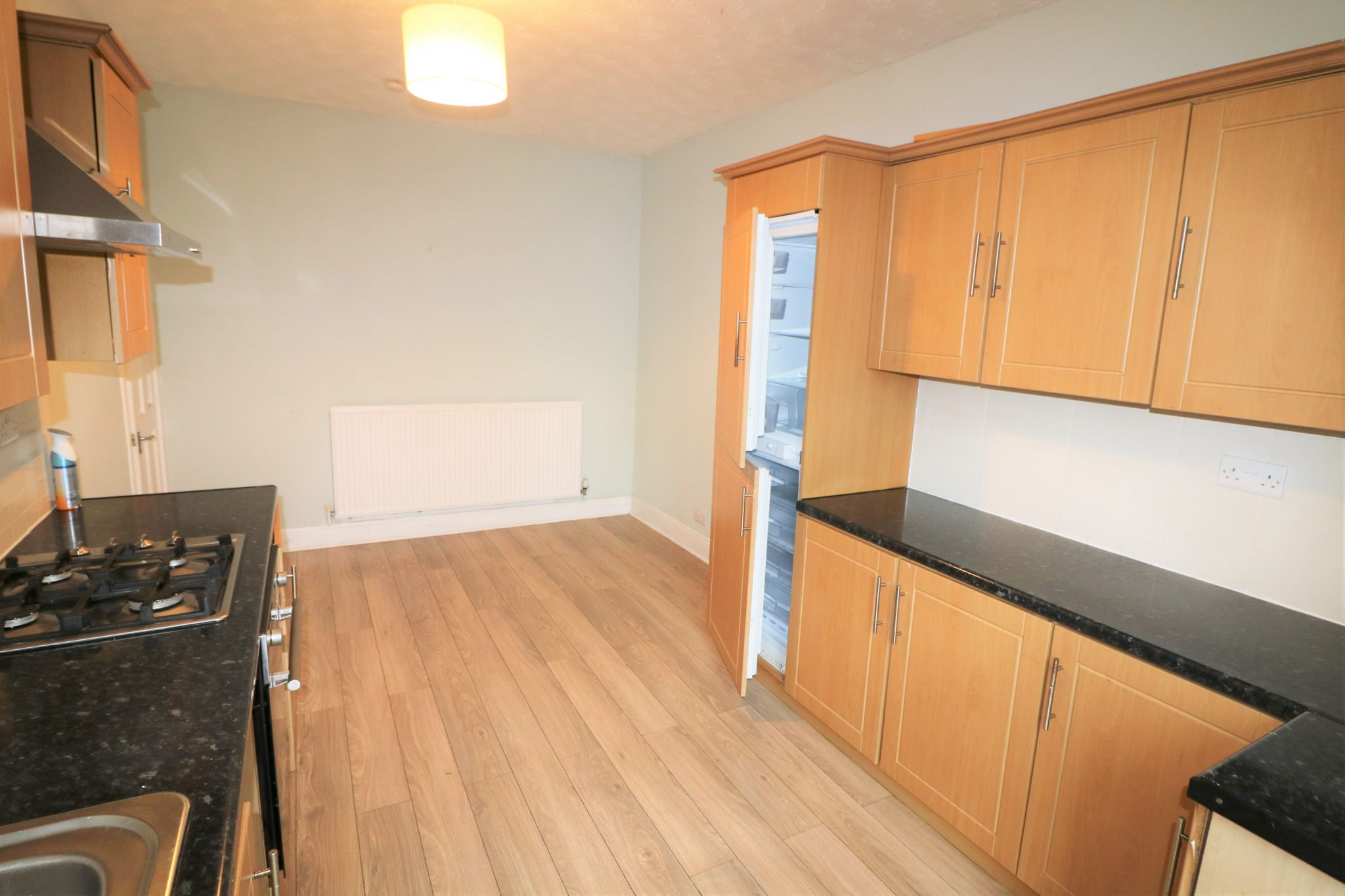 2 Bedroom Mid Terraced House For Sale - Photograph 8