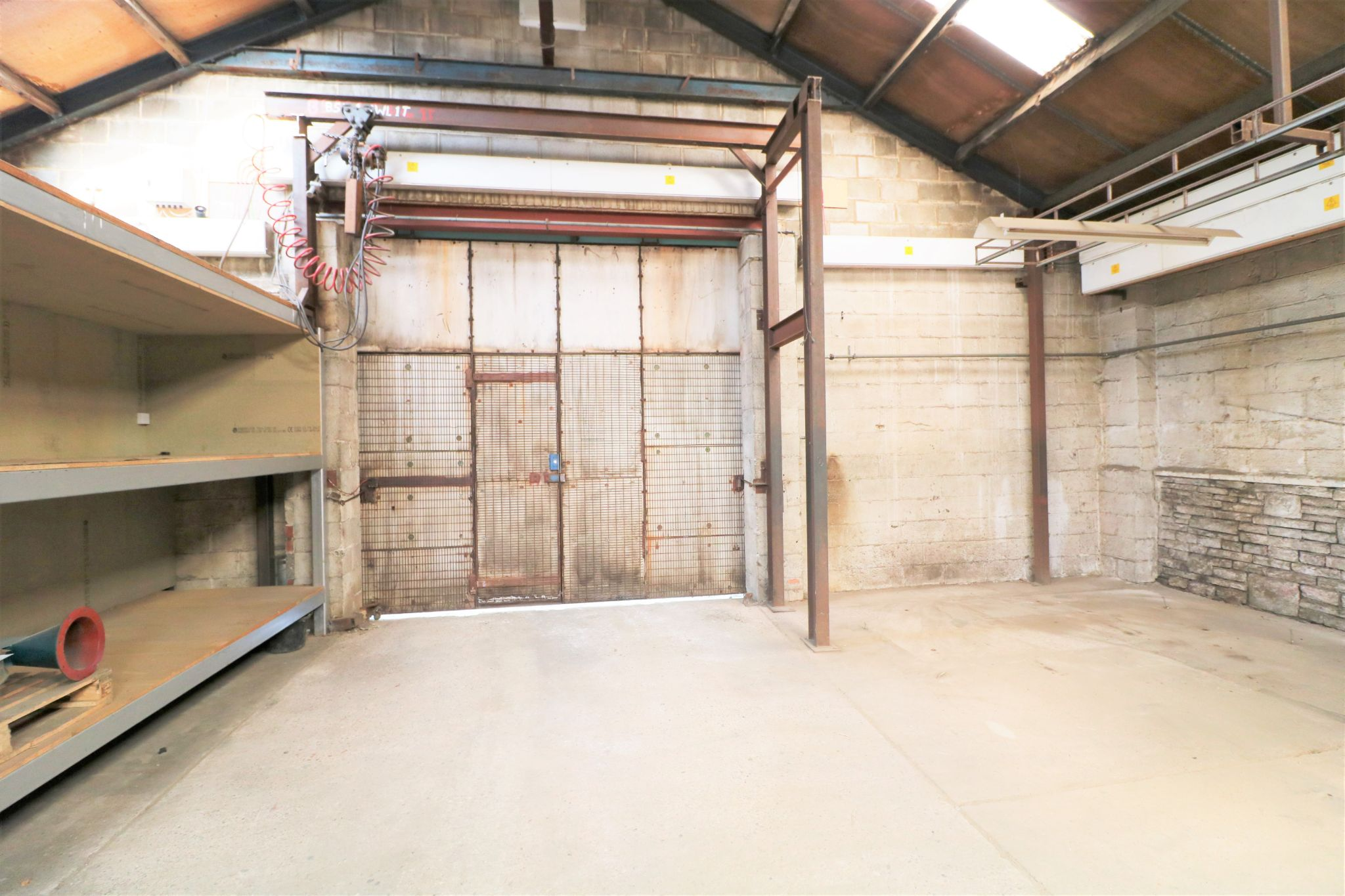 Industrial Units To Rent - Photograph 5