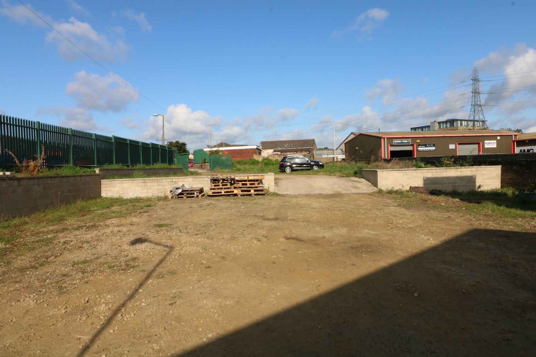 Industrial Units To Rent - Photograph 7