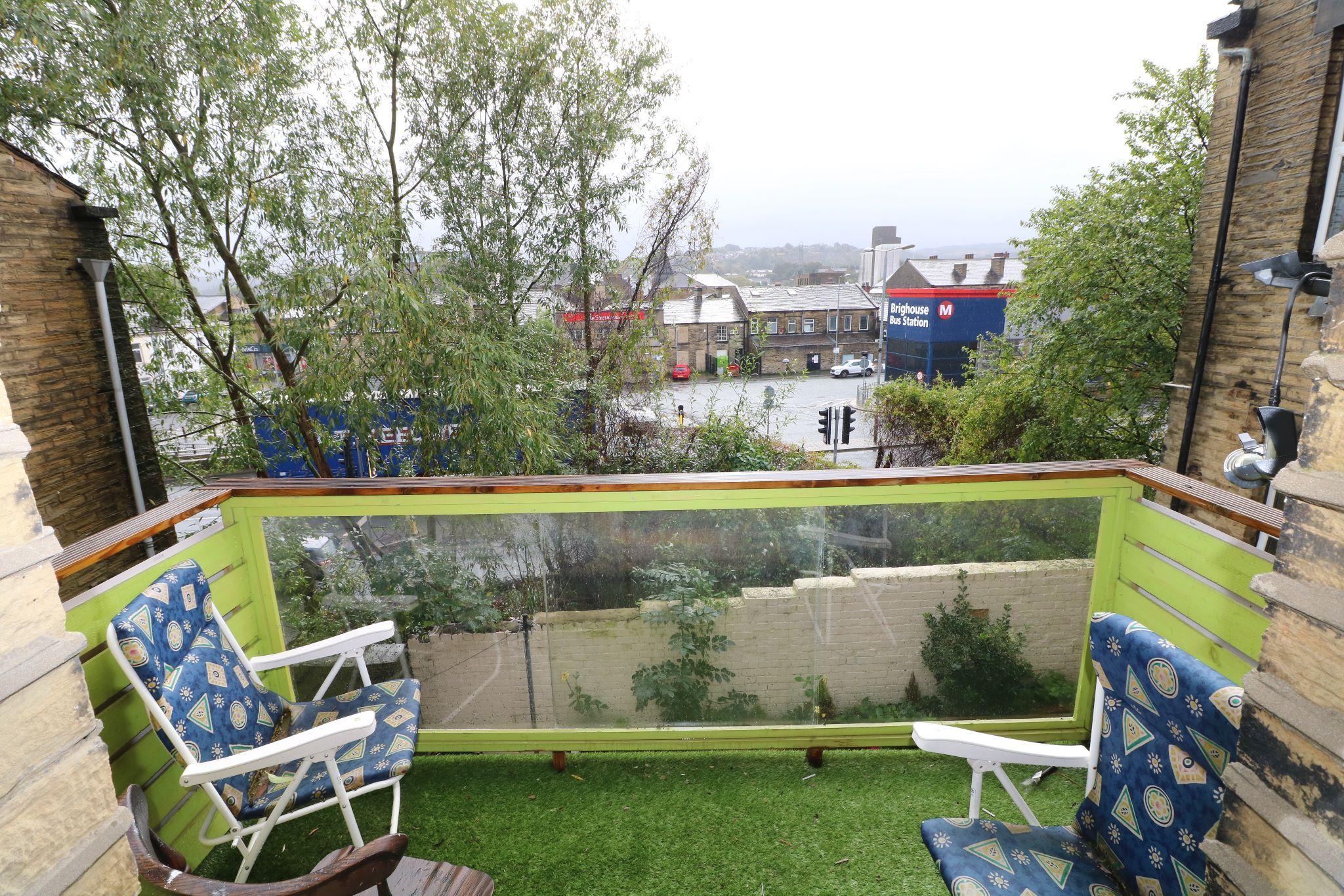 4 Bedroom Town House For Sale - Juliette Balcony