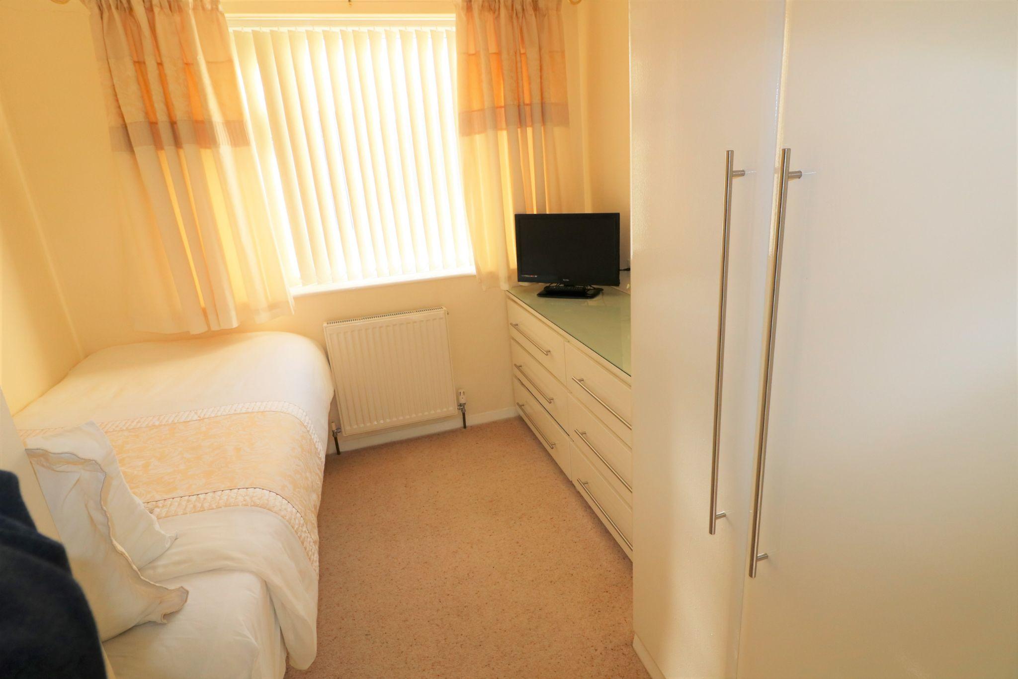 2 Bedroom Detached Bungalow For Sale - Photograph 13