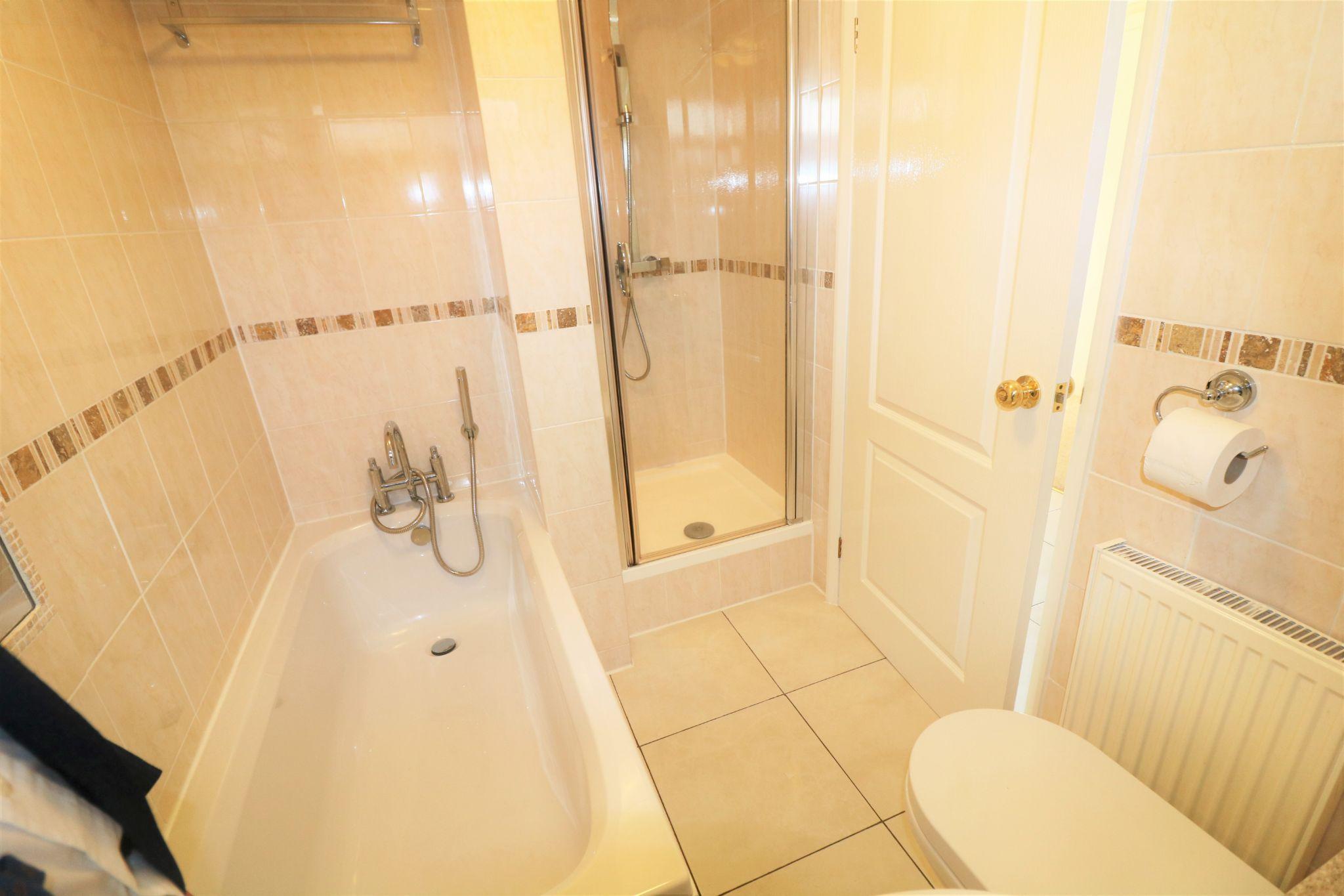 2 Bedroom Detached Bungalow For Sale - Photograph 16