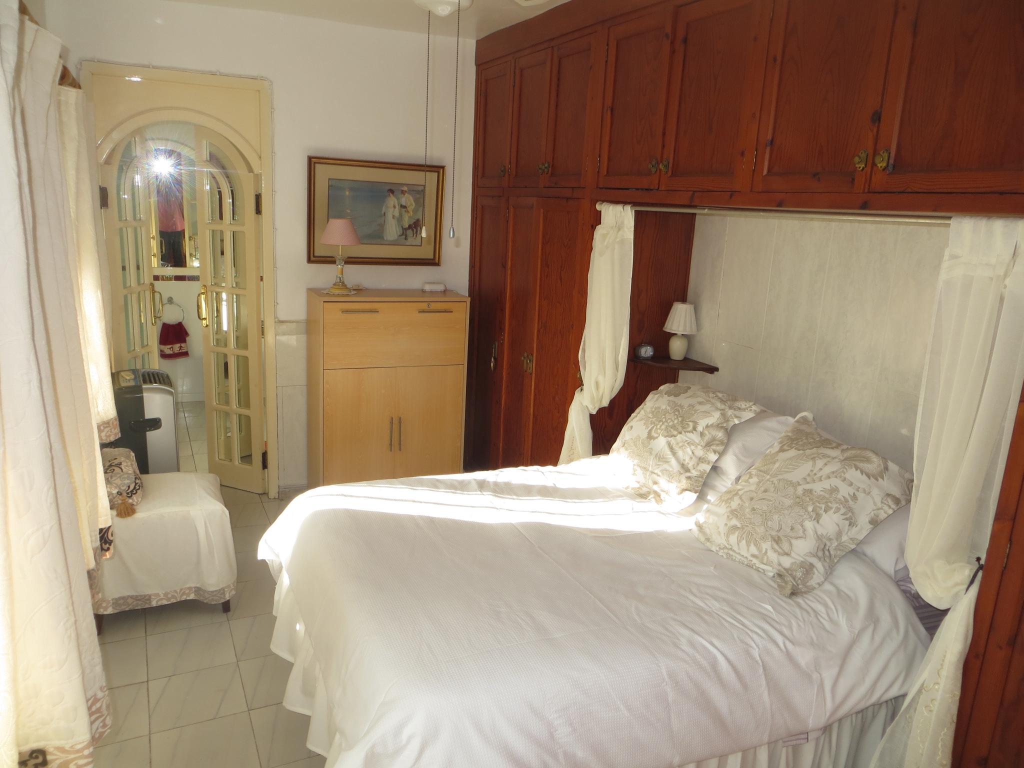 5 Bedroom Detached Villa House For Sale - Photograph 6