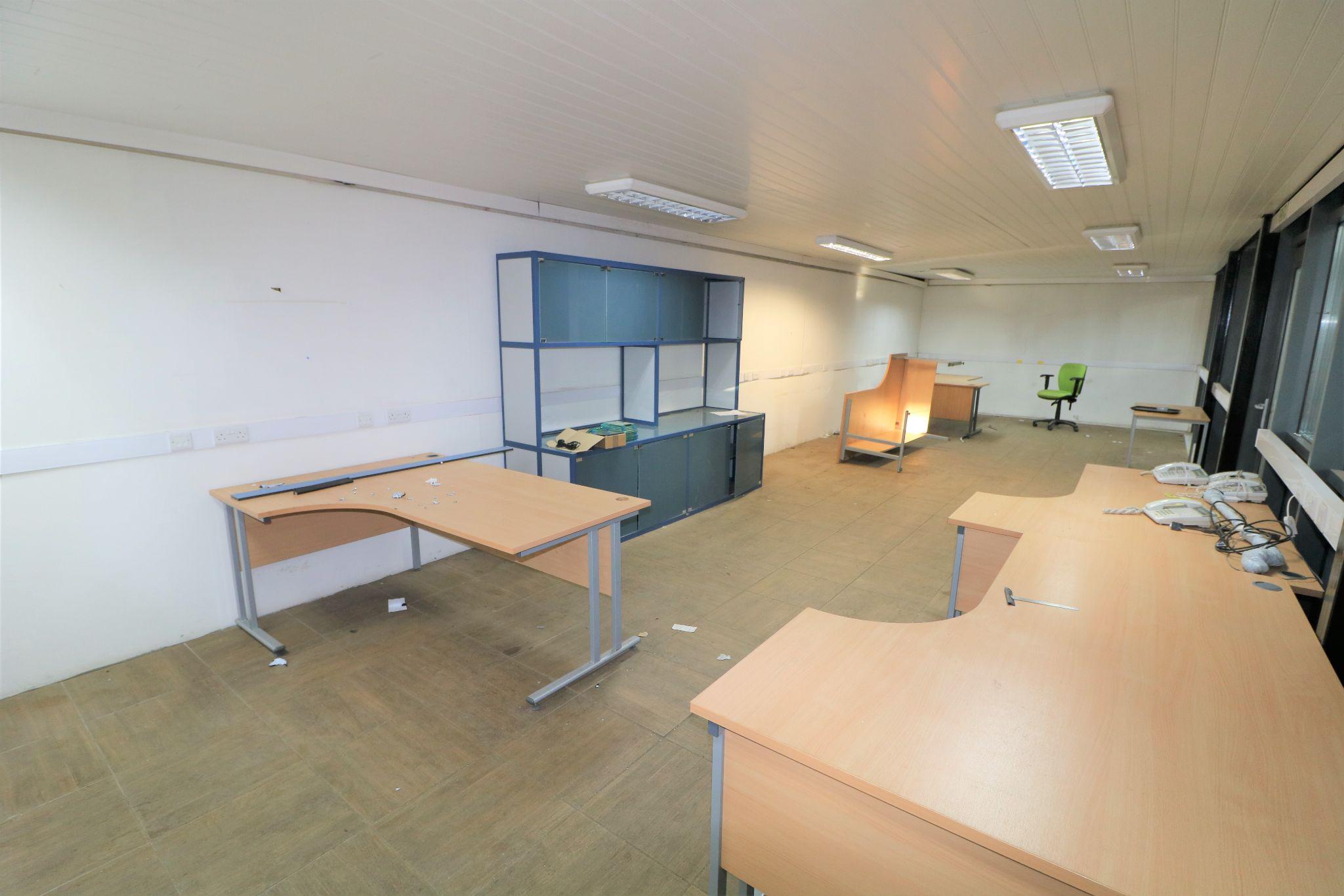 Business Park To Rent - Photograph 4