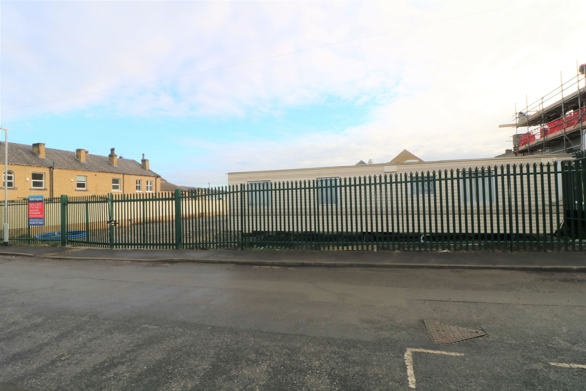 Land To Rent - Photograph 2