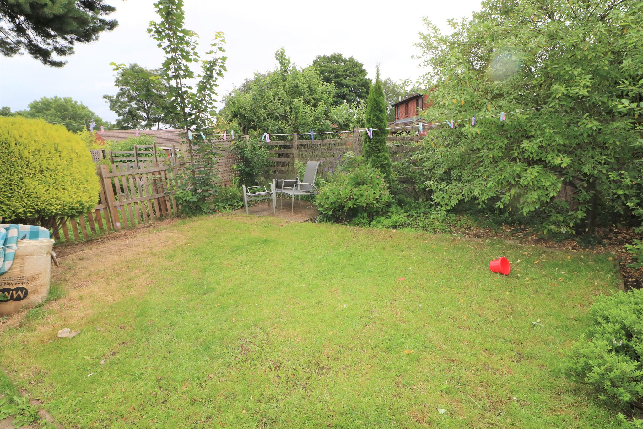 4 Bedroom Semi-detached House For Sale - Photograph 22