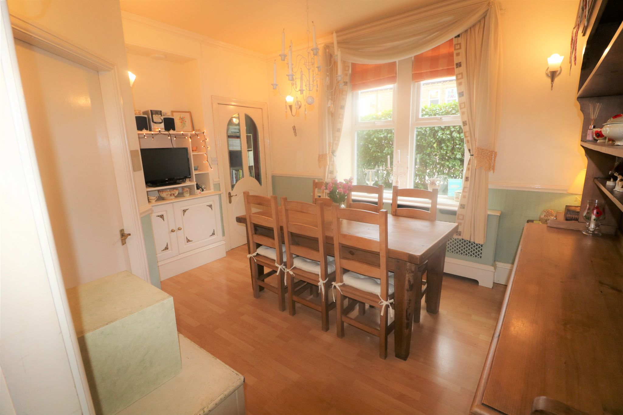 4 Bedroom End Terraced House For Sale - Photograph 5
