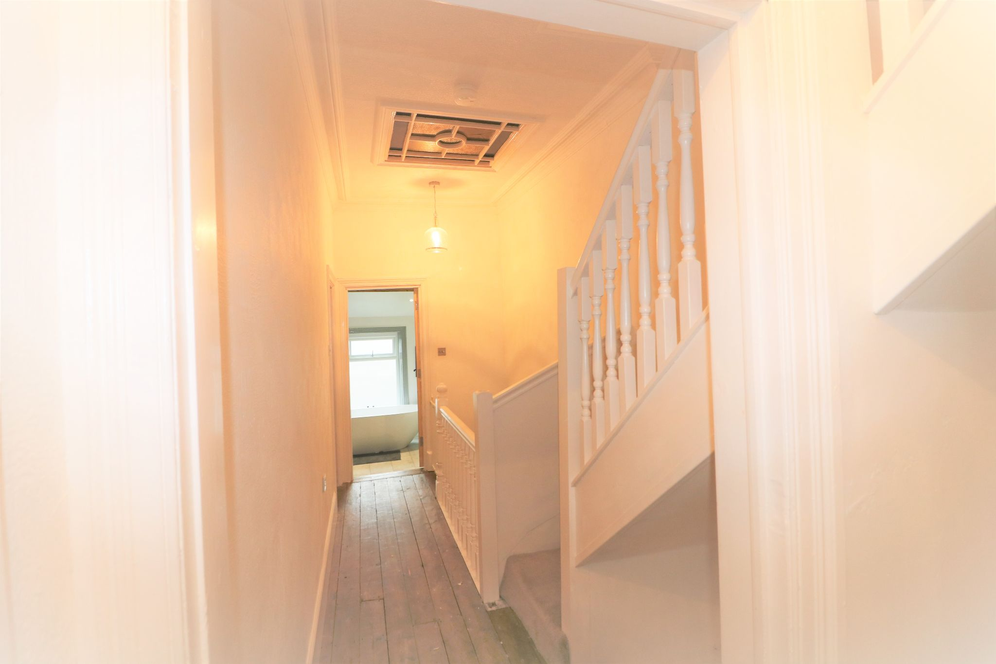 4 Bedroom Mid Terraced House For Sale - Photograph 14