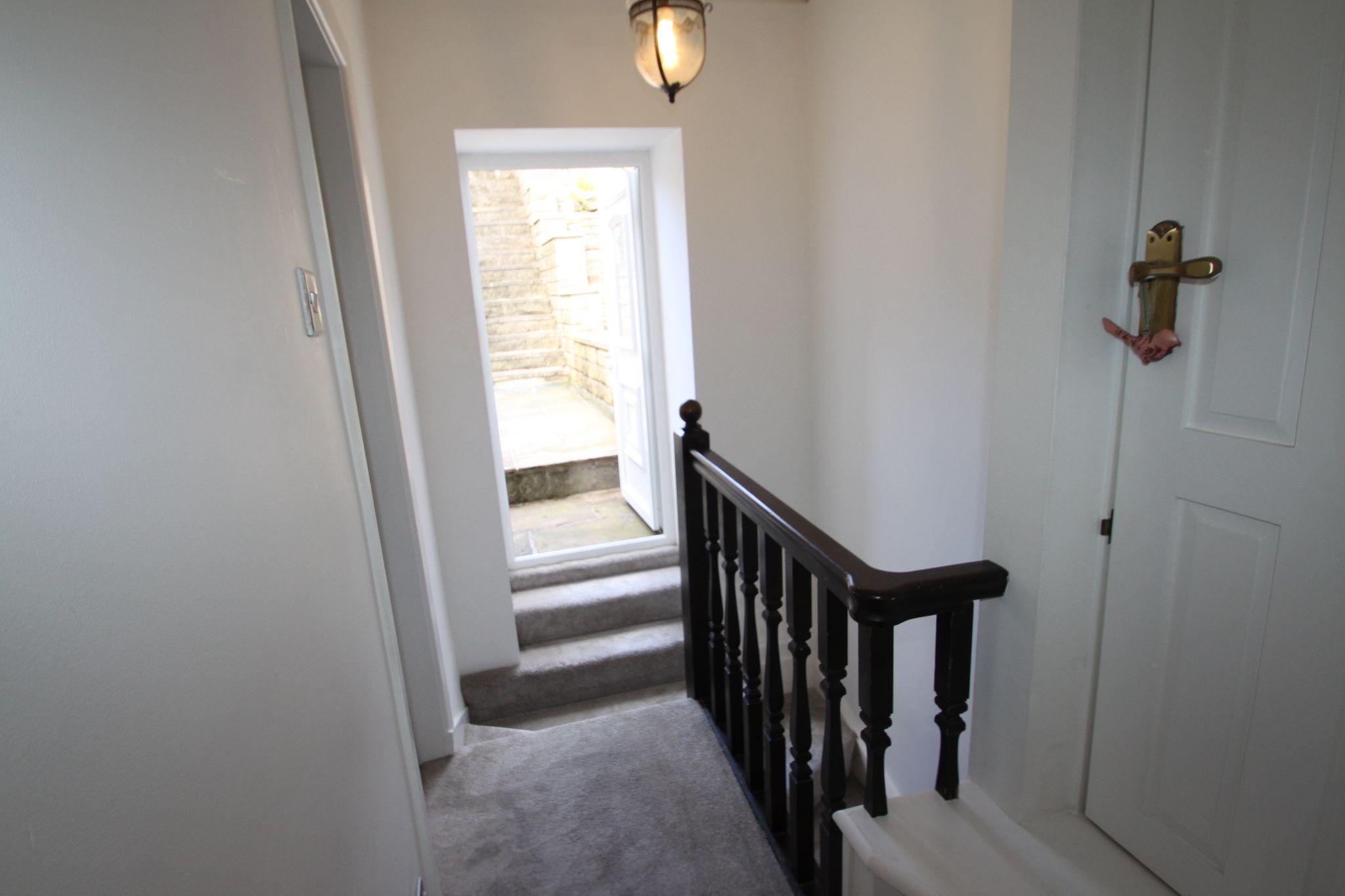 1 Bedroom Cottage House For Sale - LANDING