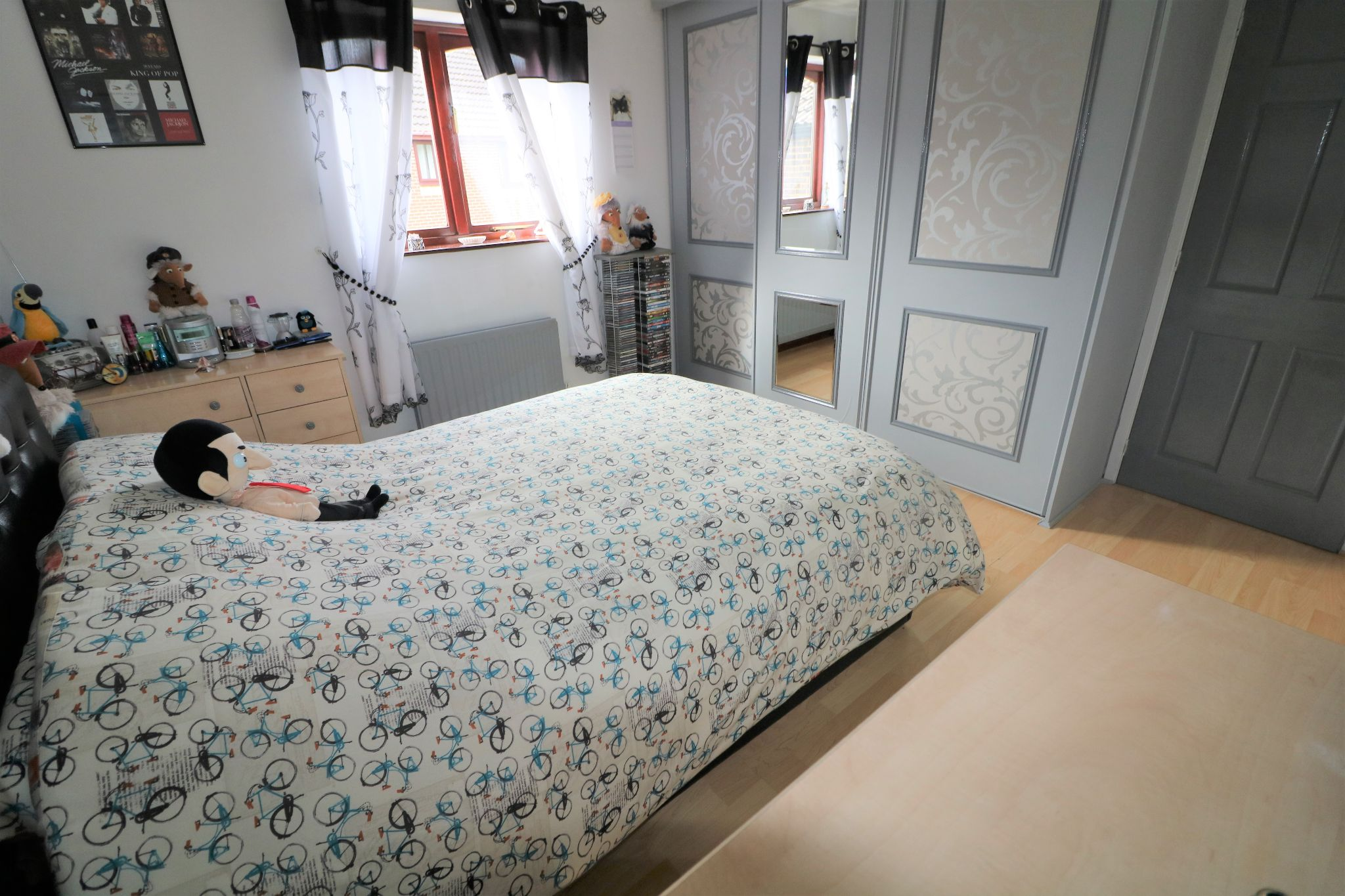 3 Bedroom Detached House For Sale - Primary Bedroom