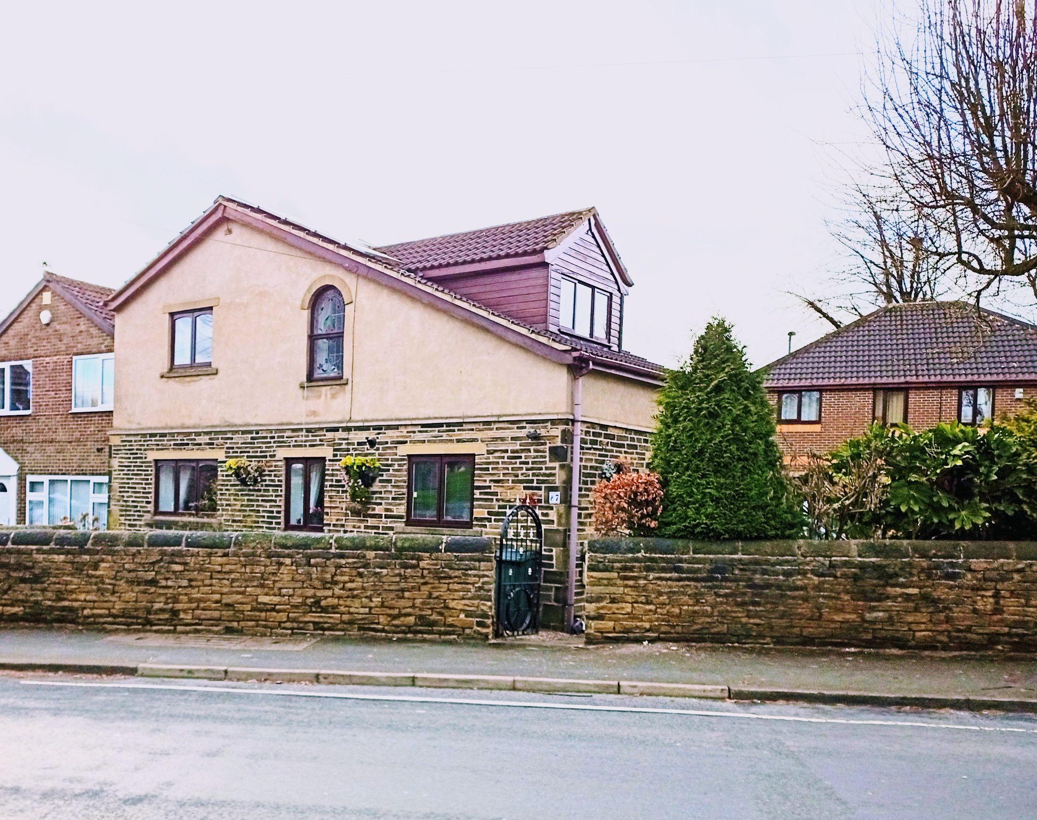 3 Bedroom Detached House For Sale - Exterior