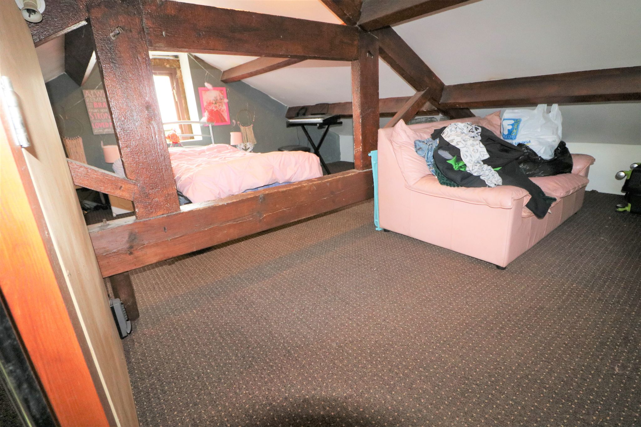 2 Bedroom Cottage House For Sale - Photograph 15