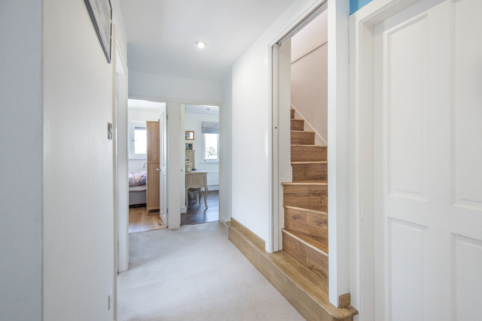 4 Bedroom Detached House For Sale - Photograph 33