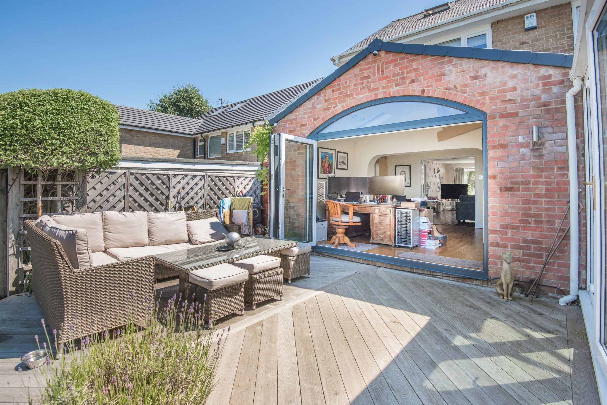 4 Bedroom Detached House For Sale - Photograph 36