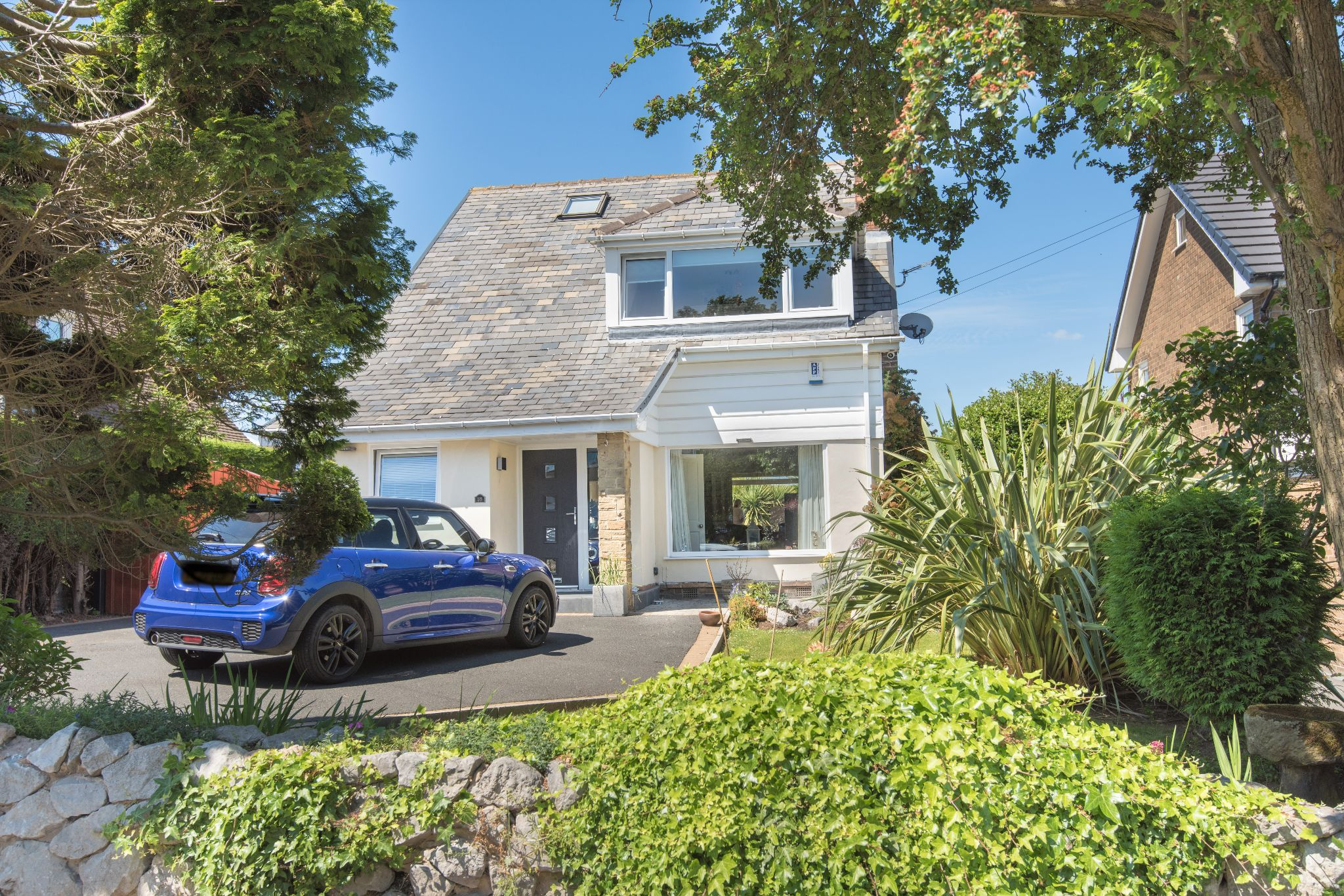 4 Bedroom Detached House For Sale - Photograph 39