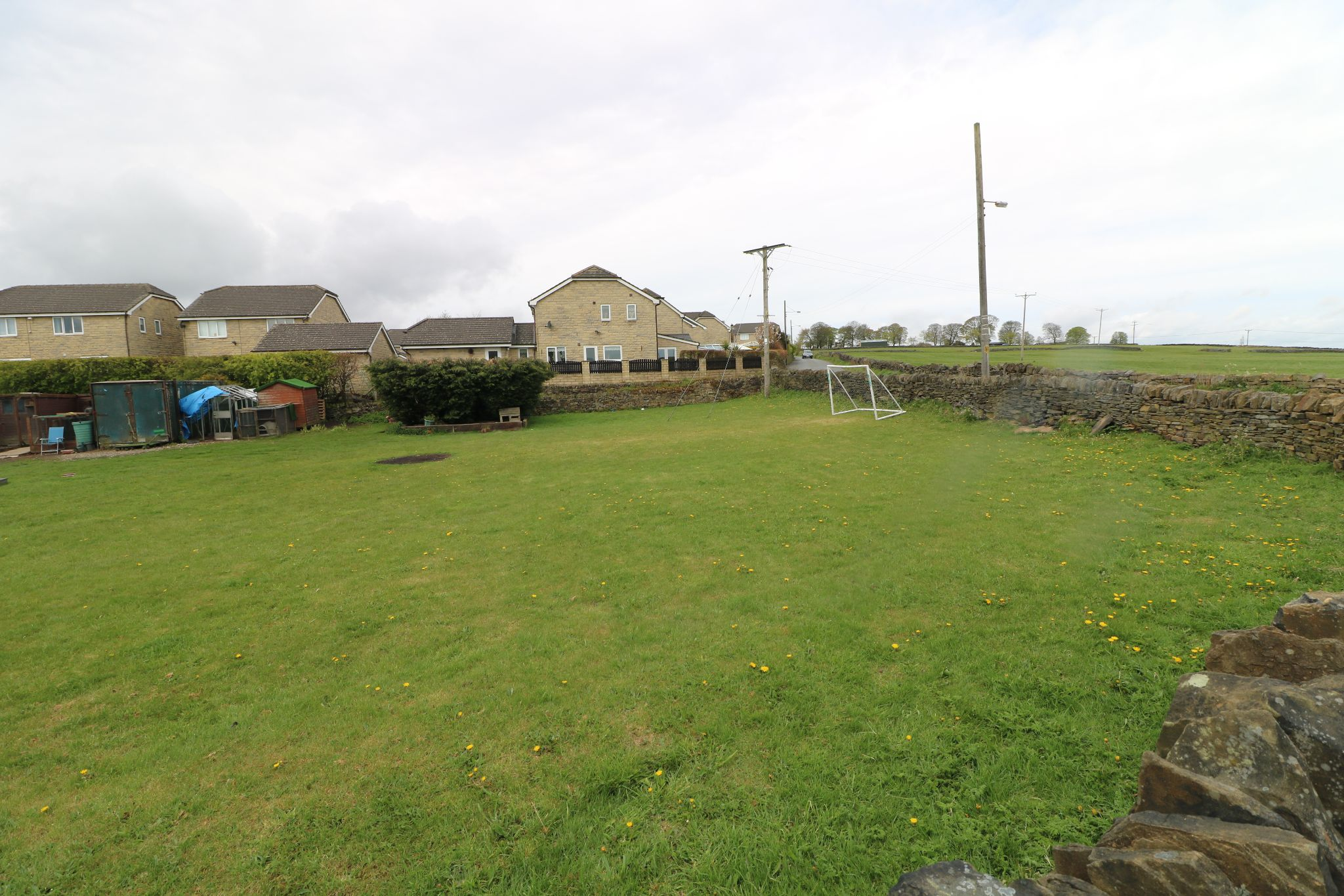 Land For Sale - Photograph 3
