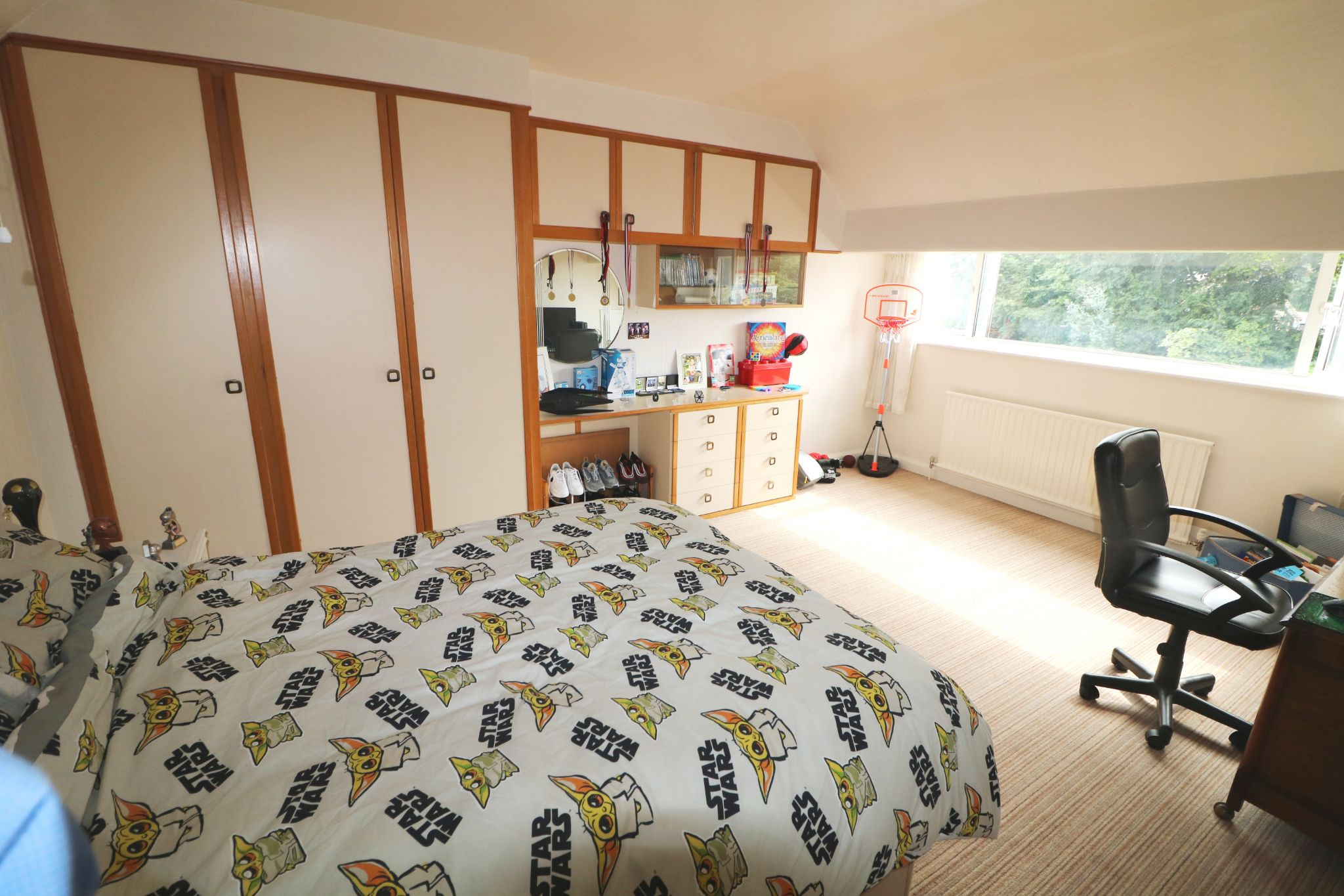 3 Bedroom Semi-detached Dormer House For Sale - Photograph 19