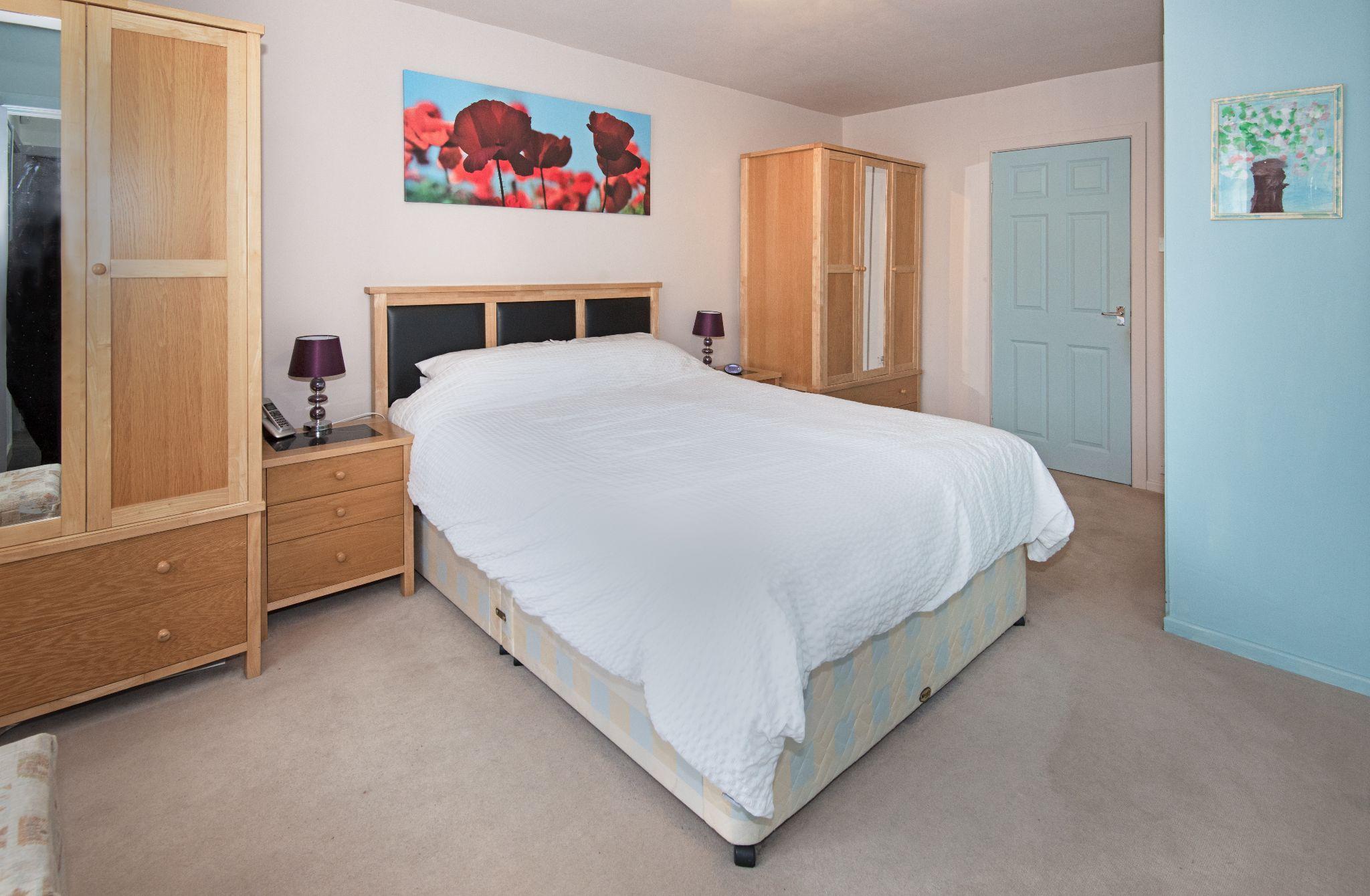 4 Bedroom Detached House For Sale - Primary Bedroom