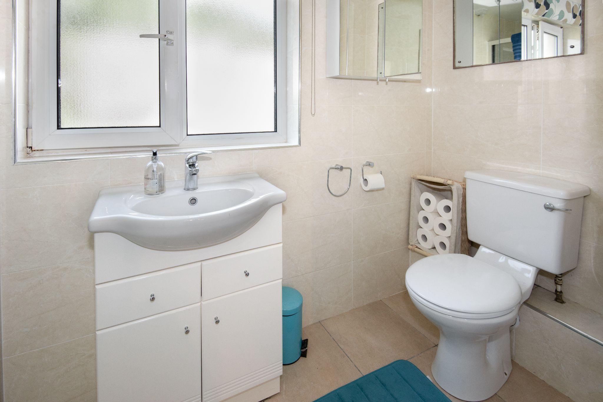 4 Bedroom Detached House For Sale - En-Suite