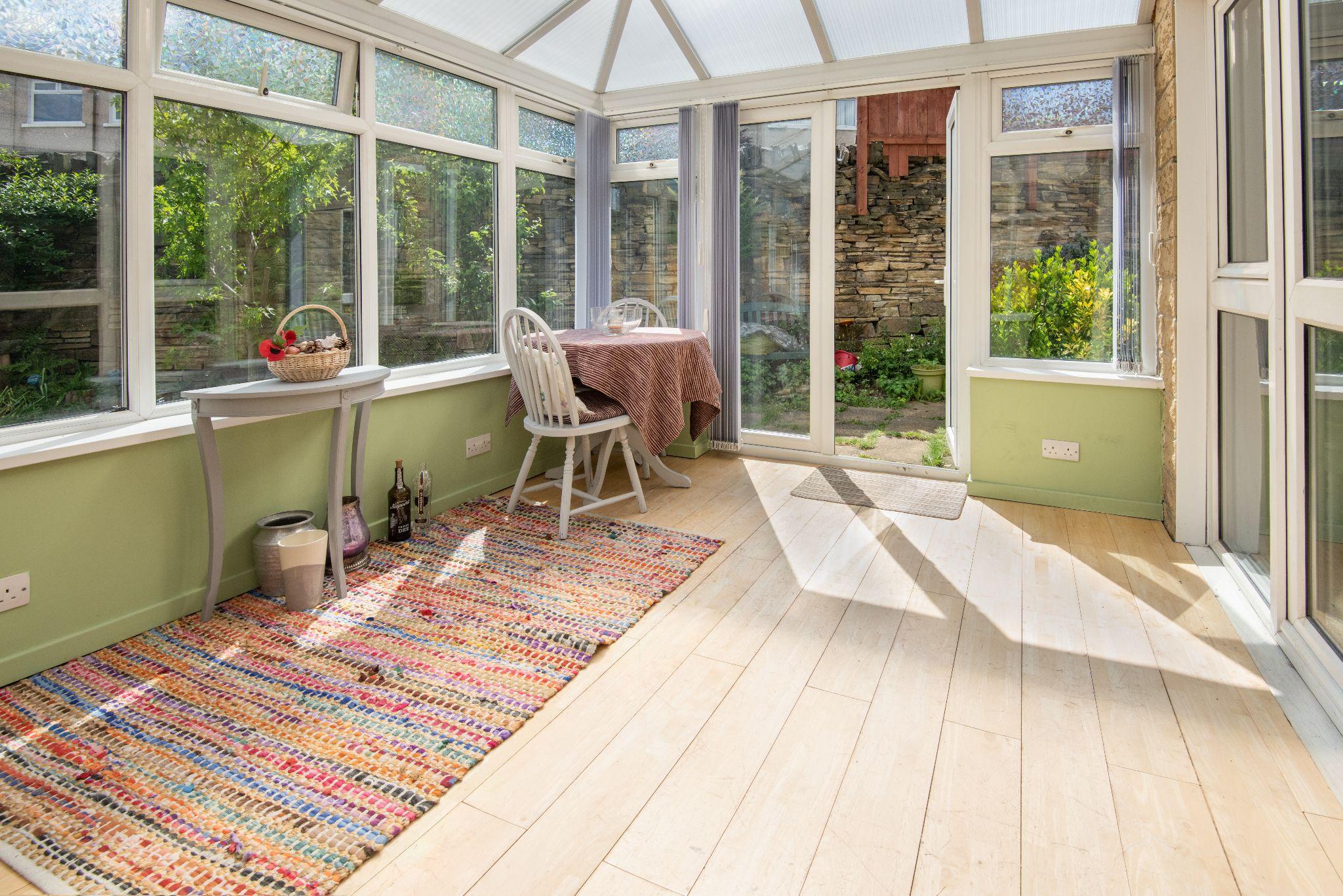 4 Bedroom Detached House For Sale - Conservatory