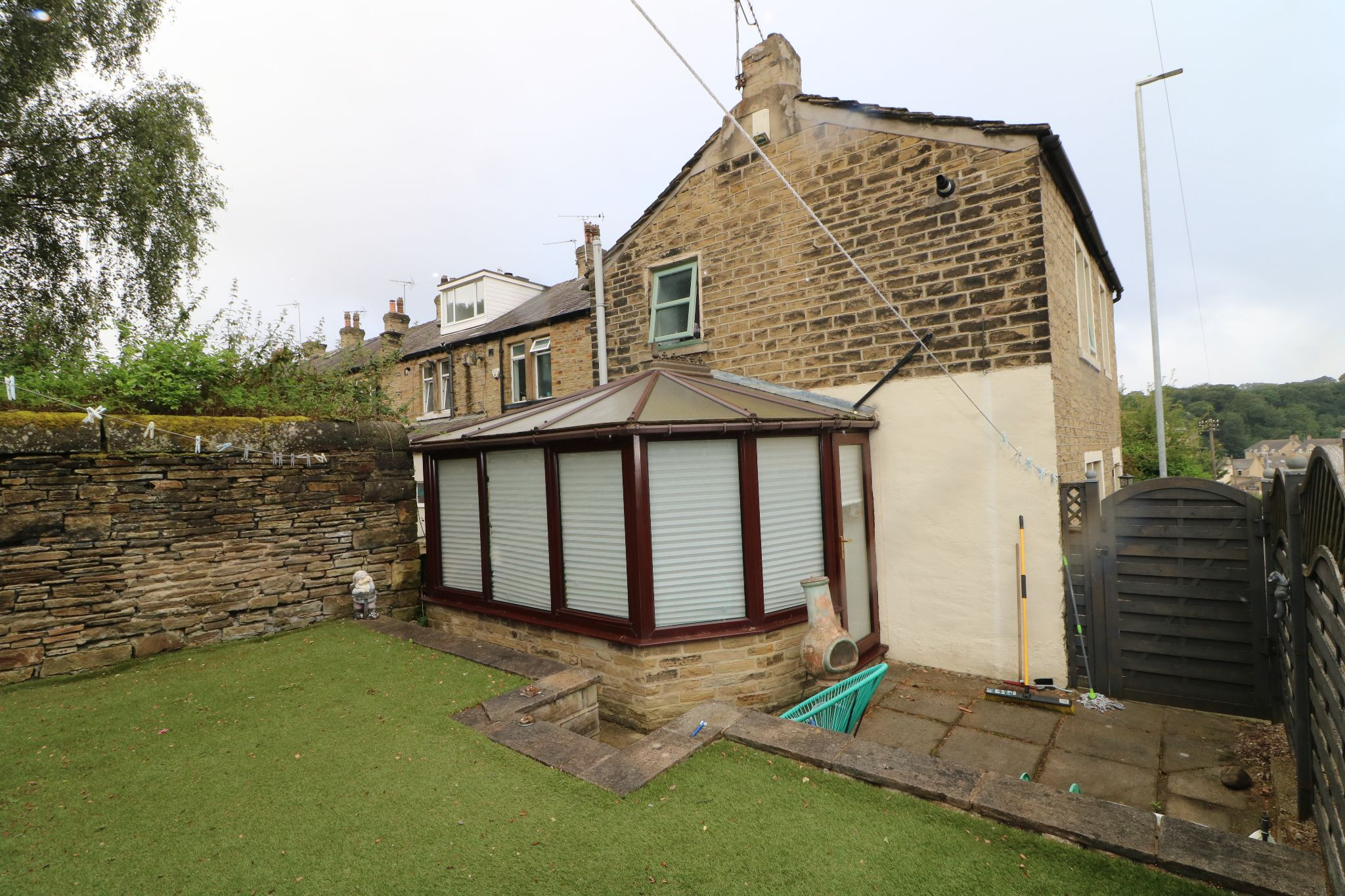 3 Bedroom Cottage House For Sale - Photograph 22