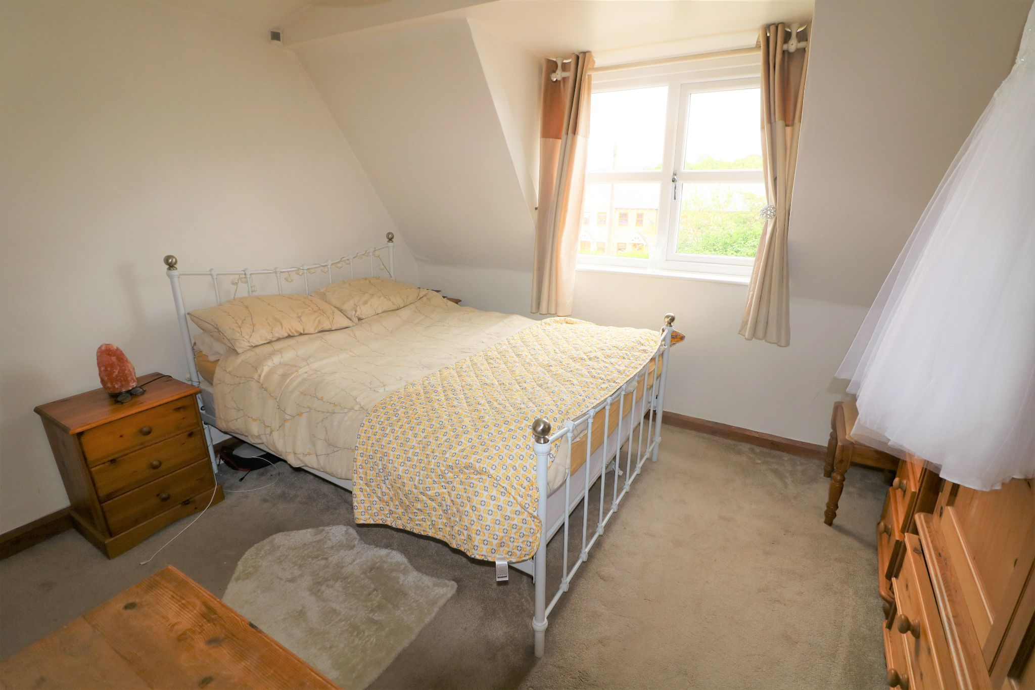 3 Bedroom Cottage House For Sale - Photograph 16
