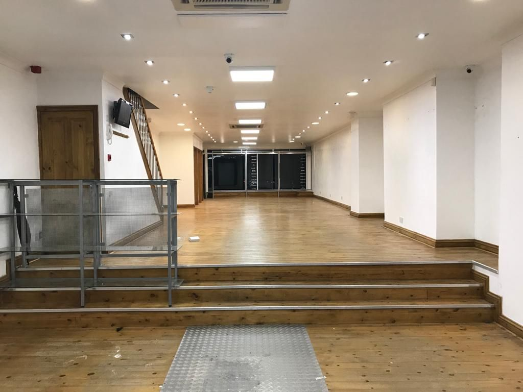 Commercial Property To Rent - Photograph 2